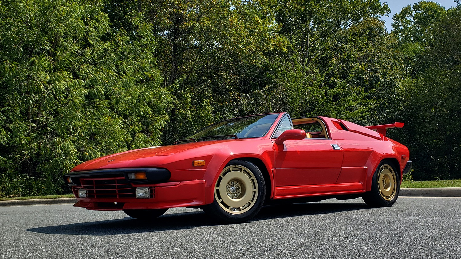 Used 1988 Lamborghini Jalpa 3.5 / 5-Speed Man / Low Miles / Excellent Condition for sale $108,995 at Formula Imports in Charlotte NC 28227 17