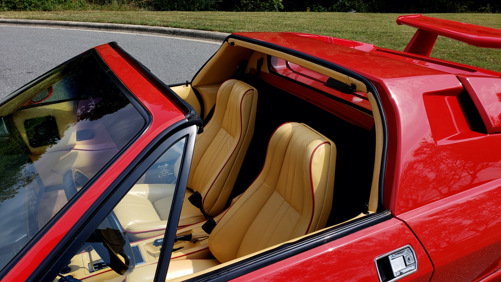Used 1988 Lamborghini JALPA 3.5 / 5-SPD MANUAL / LOW MILES / EXCELLENT CONDITION for sale Sold at Formula Imports in Charlotte NC 28227 30