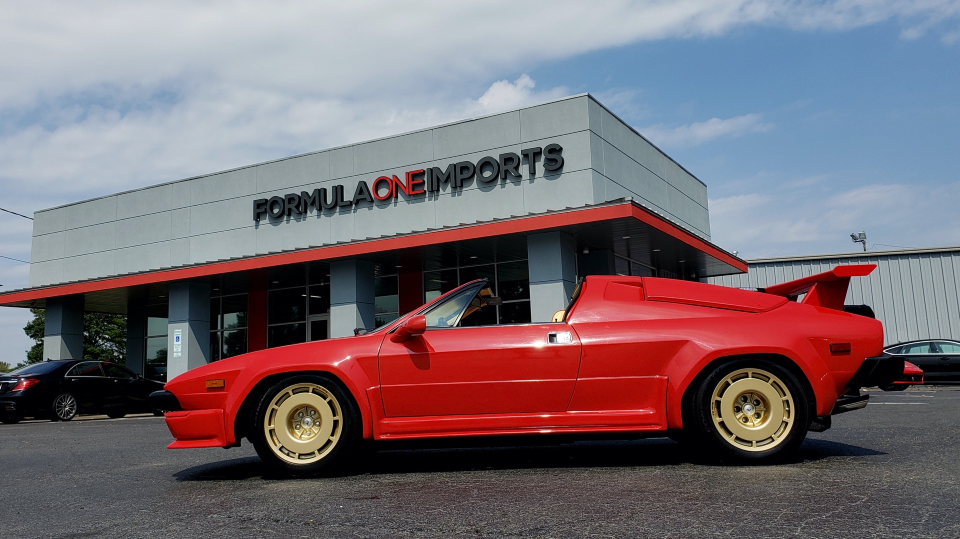 Used 1988 Lamborghini Jalpa 3.5 / 5-Speed Man / Low Miles / Excellent Condition for sale $108,995 at Formula Imports in Charlotte NC 28227 4