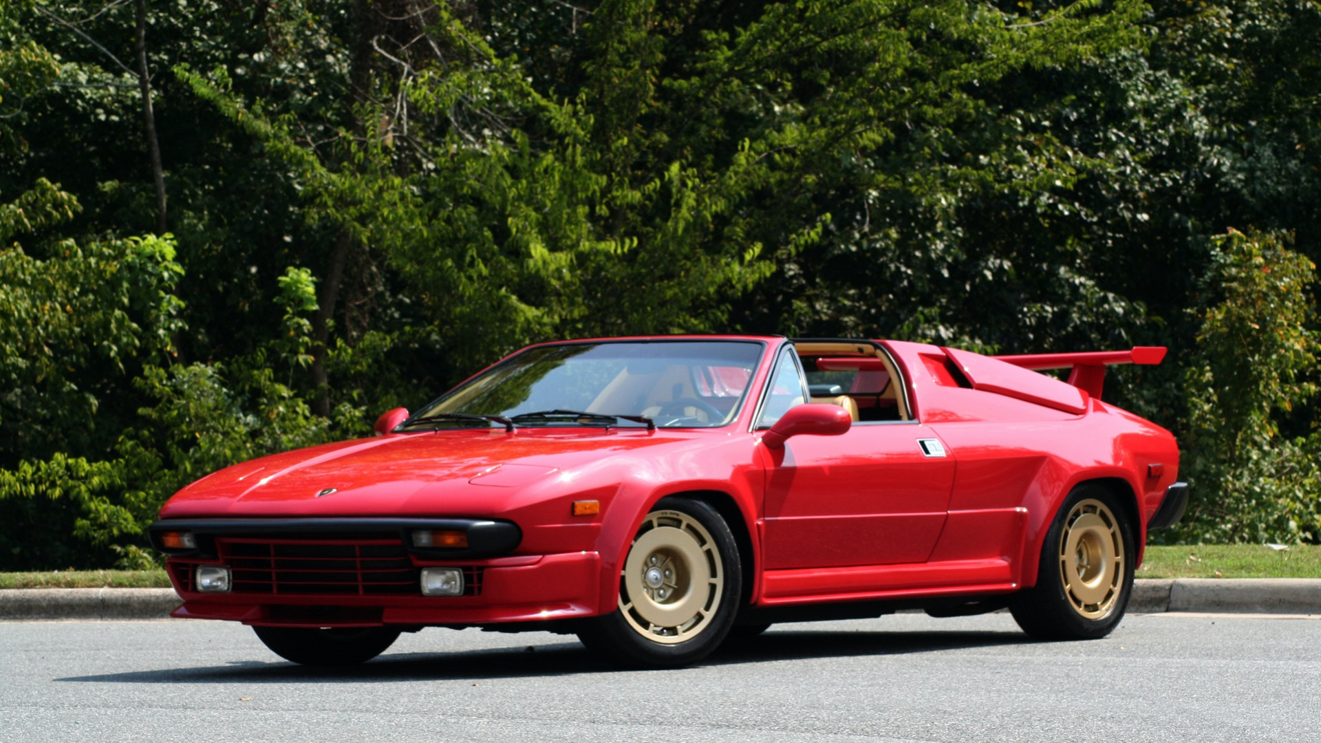 Used 1988 Lamborghini Jalpa 3.5 / 5-Speed Man / Low Miles / Excellent Condition for sale $108,995 at Formula Imports in Charlotte NC 28227 1