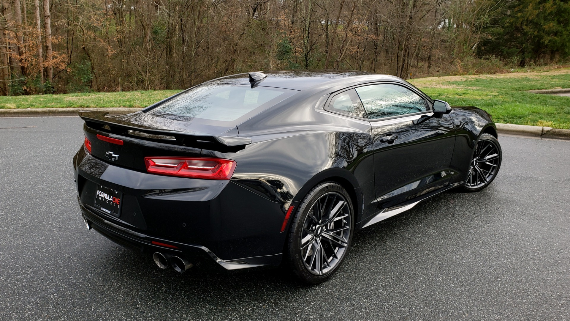 Used 2018 Chevrolet CAMARO ZL1 6.2L SUPERCHARGED V8 650 / NAV / SUNROOF / REARVIEW for sale Sold at Formula Imports in Charlotte NC 28227 10