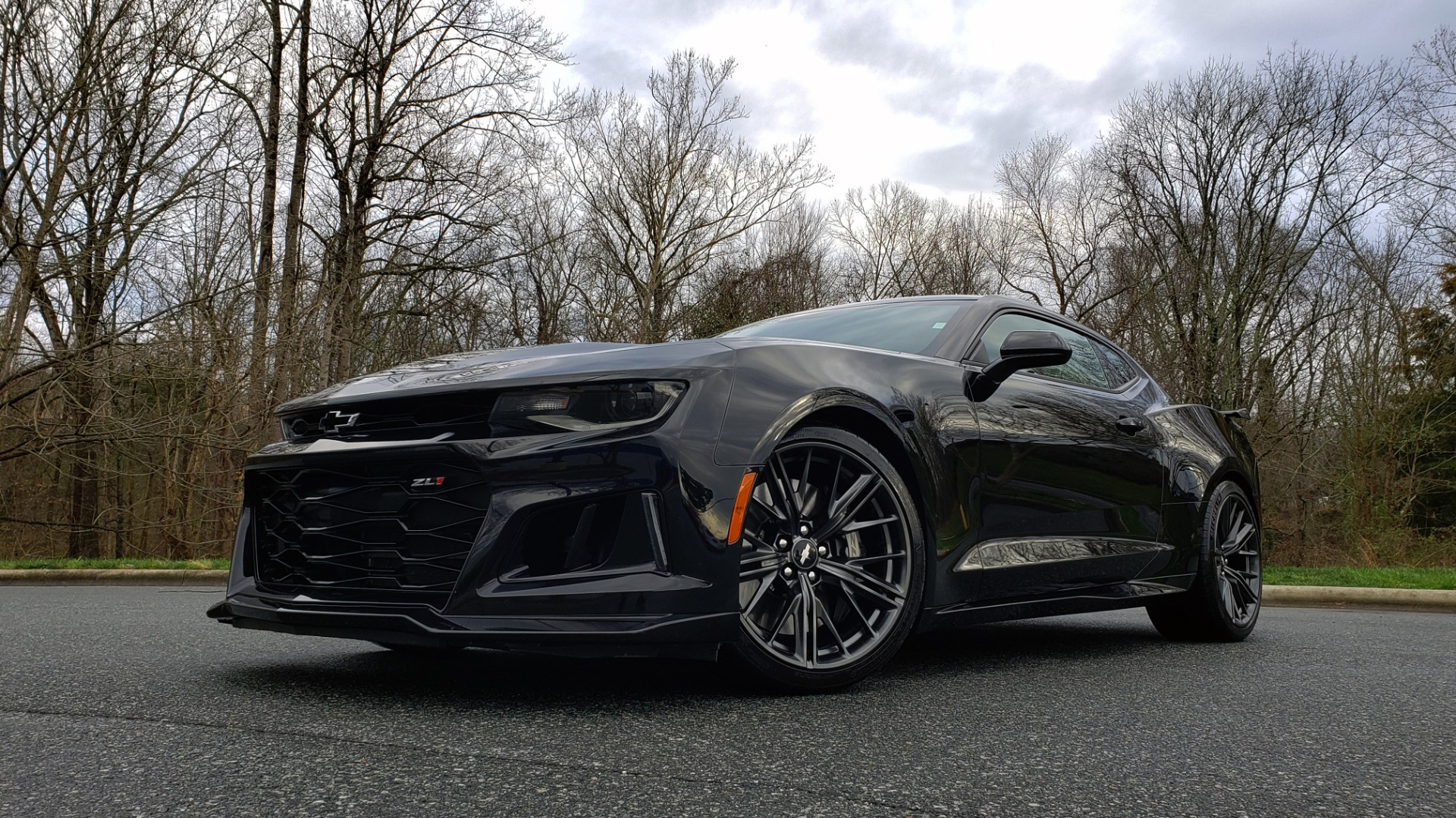 Used 2018 Chevrolet CAMARO ZL1 6.2L SUPERCHARGED V8 650 / NAV / SUNROOF / REARVIEW for sale Sold at Formula Imports in Charlotte NC 28227 2