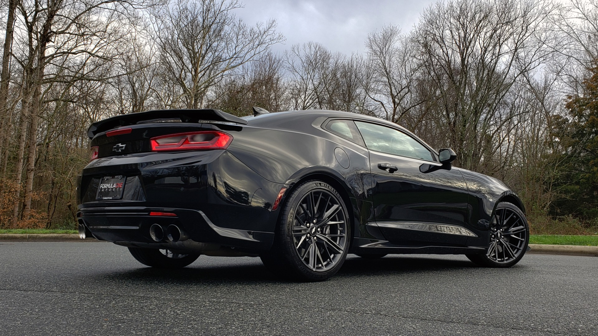 Used 2018 Chevrolet CAMARO ZL1 6.2L SUPERCHARGED V8 650 / NAV / SUNROOF / REARVIEW for sale Sold at Formula Imports in Charlotte NC 28227 9