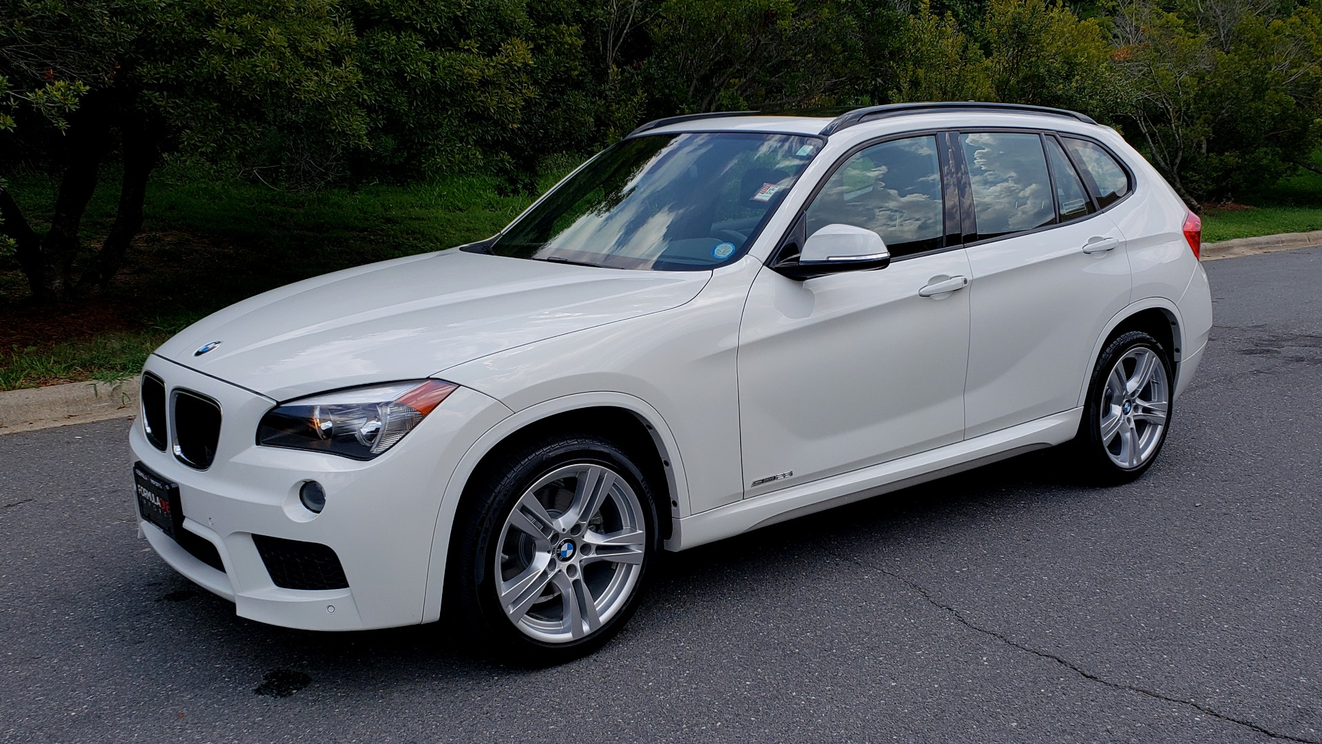 Used 2015 BMW X1 SDRIVE28I M-SPORT ULTIMATE / NAV / SUNROOF / REARVIEW for sale Sold at Formula Imports in Charlotte NC 28227 2