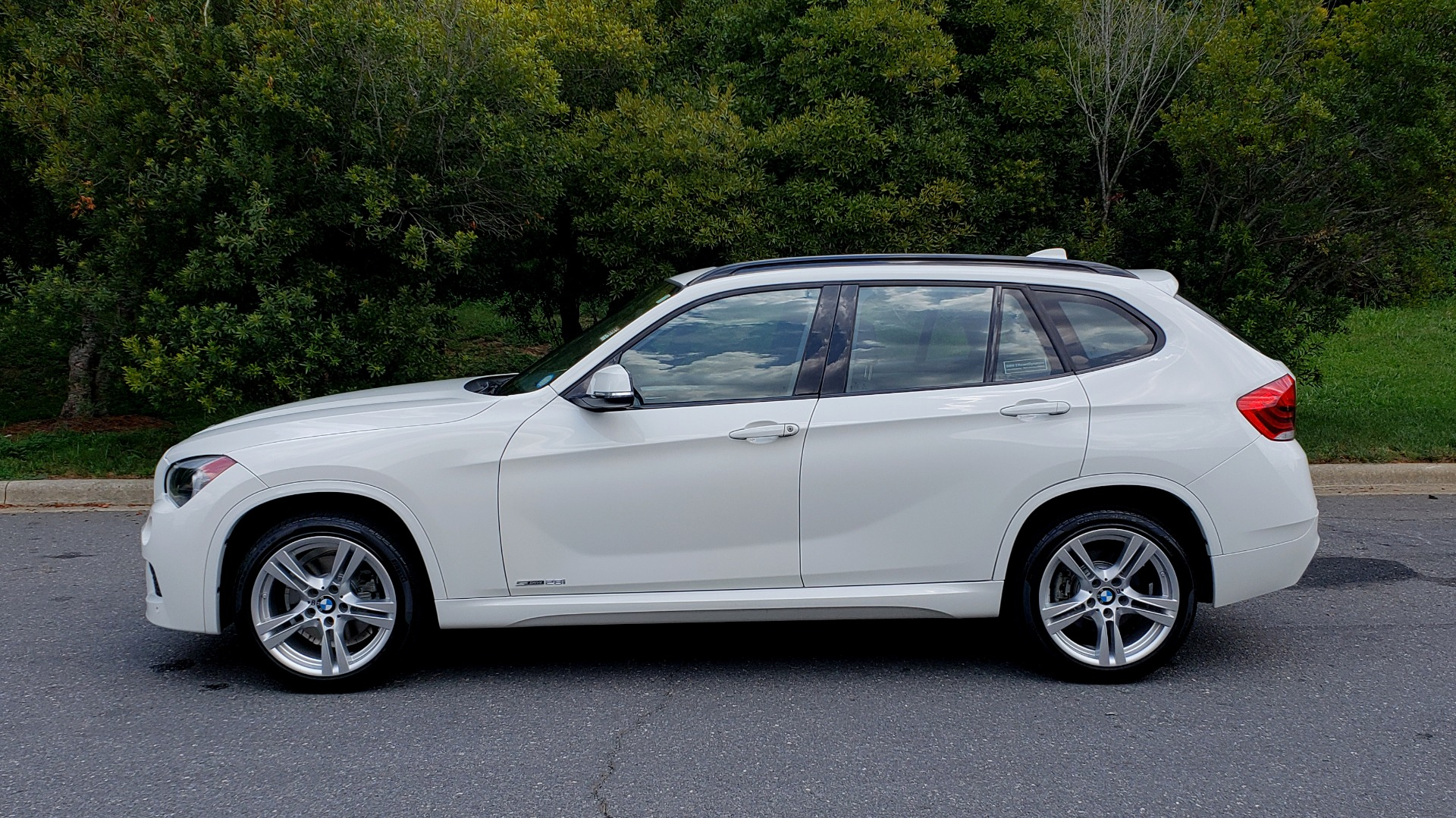 Used 2015 BMW X1 SDRIVE28I M-SPORT ULTIMATE / NAV / SUNROOF / REARVIEW for sale Sold at Formula Imports in Charlotte NC 28227 3