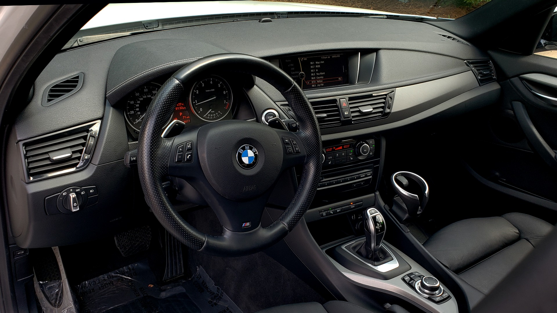 Used 2015 BMW X1 SDRIVE28I M-SPORT ULTIMATE / NAV / SUNROOF / REARVIEW for sale Sold at Formula Imports in Charlotte NC 28227 38