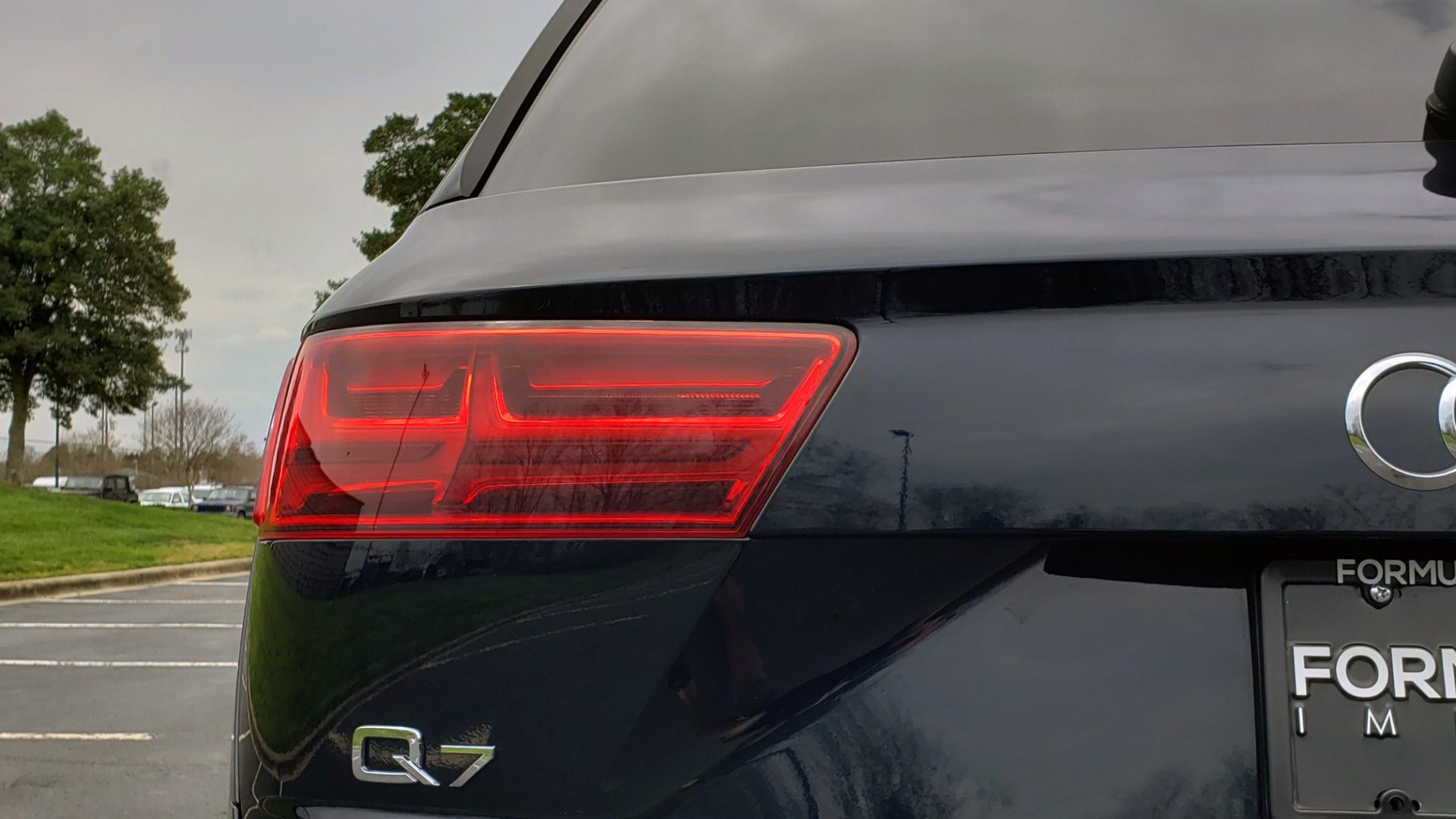 Used 2017 Audi Q7 PRESTIGE 3.0T / AWD / NAV / PANO-ROOF / HTD STS / BOSE / VISION for sale Sold at Formula Imports in Charlotte NC 28227 27
