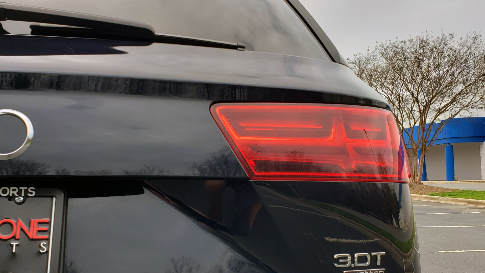 Used 2017 Audi Q7 PRESTIGE 3.0T / AWD / NAV / PANO-ROOF / HTD STS / BOSE / VISION for sale Sold at Formula Imports in Charlotte NC 28227 28