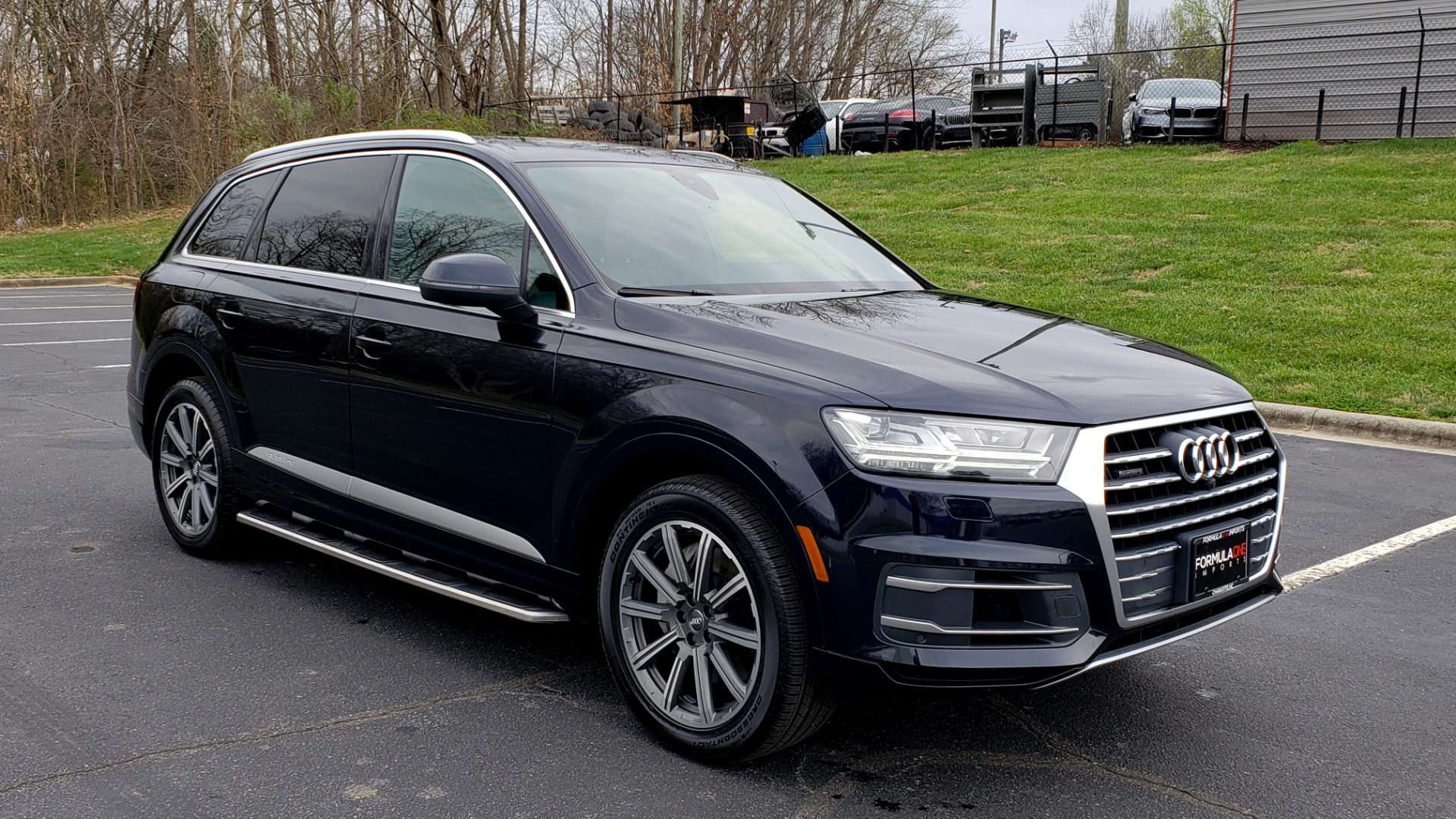 Used 2017 Audi Q7 PRESTIGE 3.0T / AWD / NAV / PANO-ROOF / HTD STS / BOSE / VISION for sale Sold at Formula Imports in Charlotte NC 28227 4
