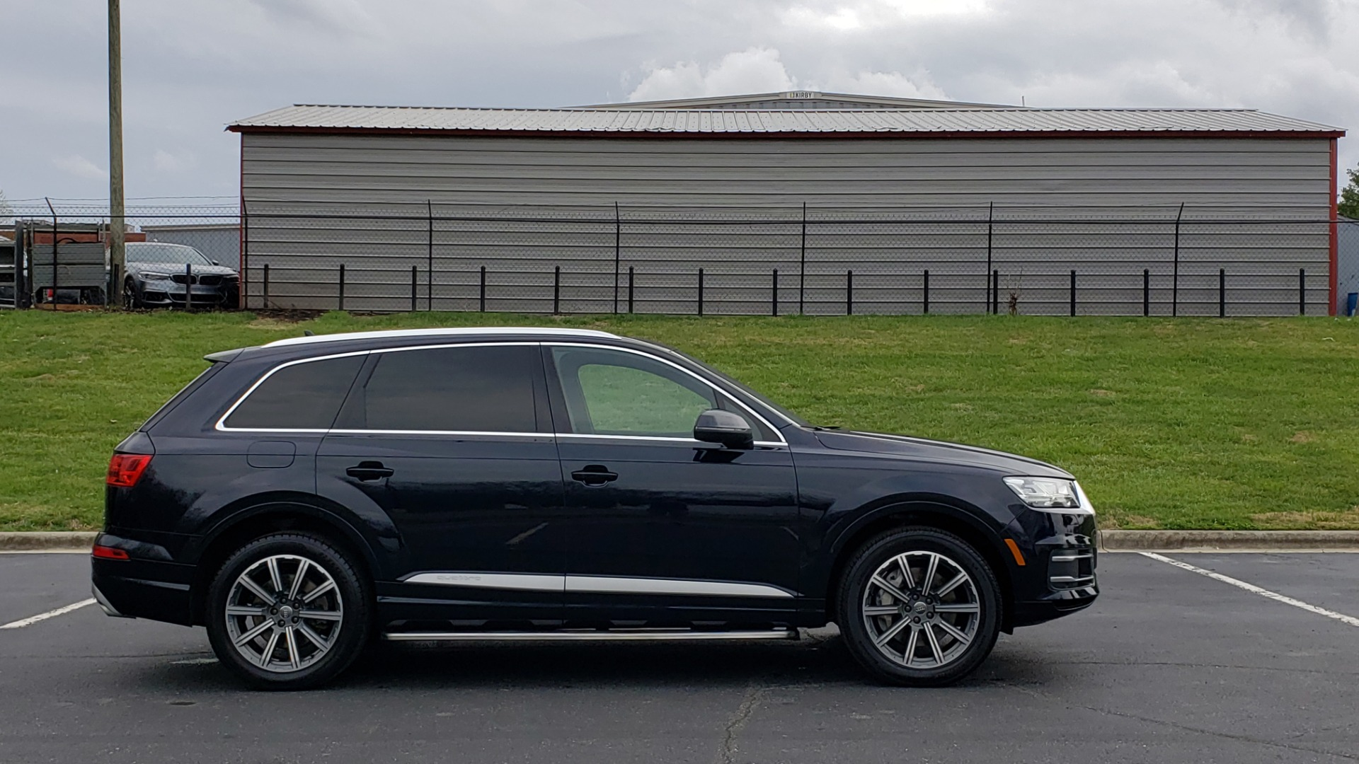 Used 2017 Audi Q7 PRESTIGE 3.0T / AWD / NAV / PANO-ROOF / HTD STS / BOSE / VISION for sale Sold at Formula Imports in Charlotte NC 28227 5