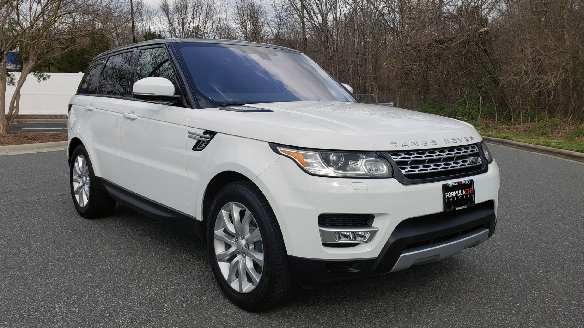 Used 2016 Land Rover RANGE ROVER SPORT V6 HSE 4WD / NAV / SUNROOF / MERIDIAN / REARVIEW for sale Sold at Formula Imports in Charlotte NC 28227 4
