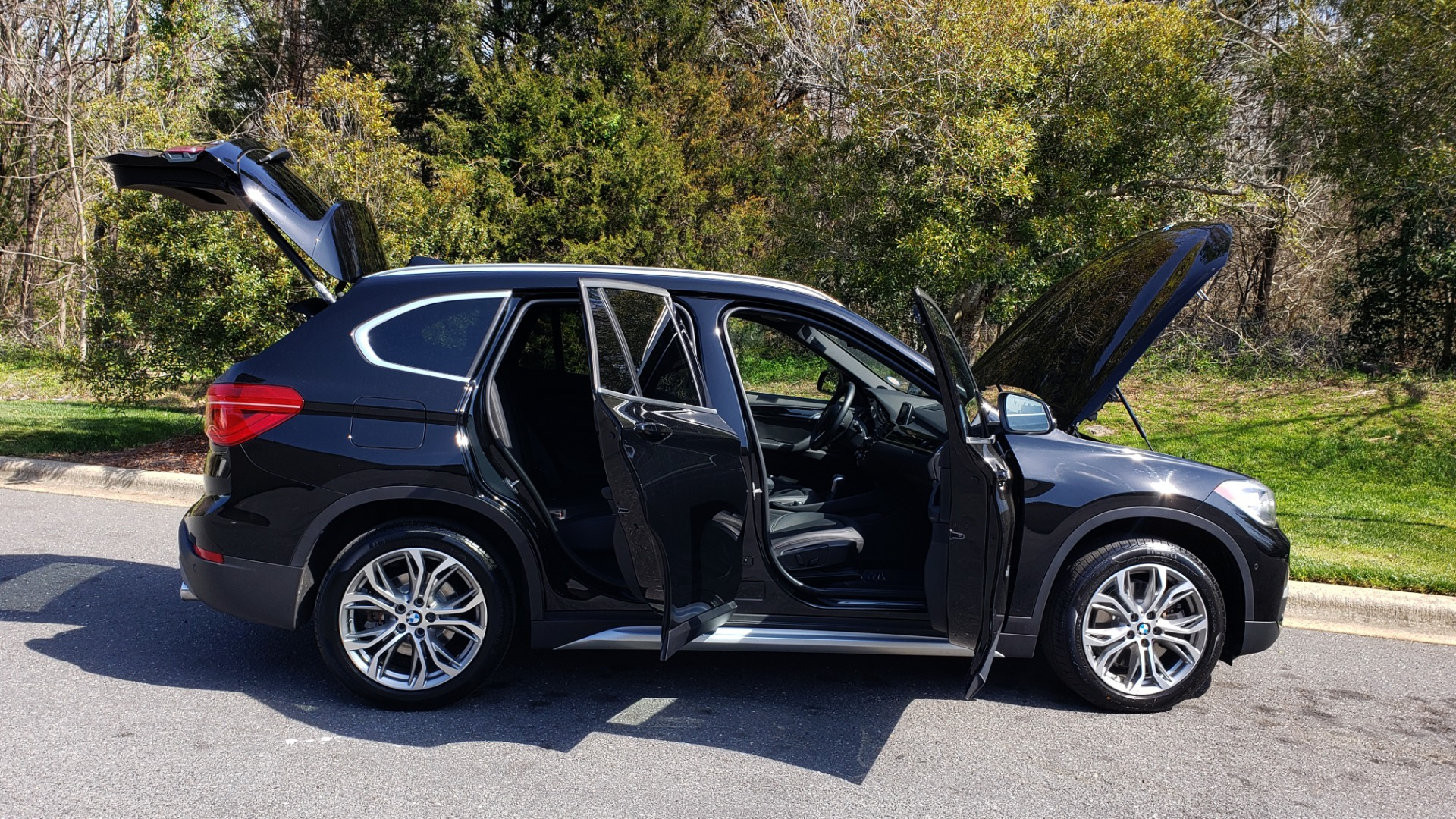 Used 2017 BMW X1 XDRIVE28I / COLD WTHR / DRIVER ASST / REARVIEW / PARK ASST for sale Sold at Formula Imports in Charlotte NC 28227 18