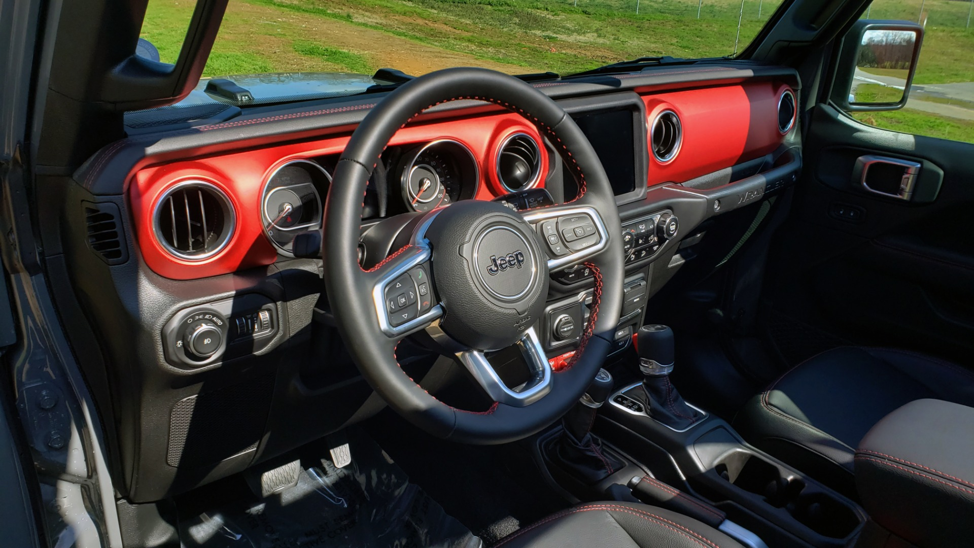 Used 2020 Jeep WRANGLER UNLIMITED RUBICON 4WD / POWER TOP / NAV / ALPINE / REARVIEW for sale Sold at Formula Imports in Charlotte NC 28227 41