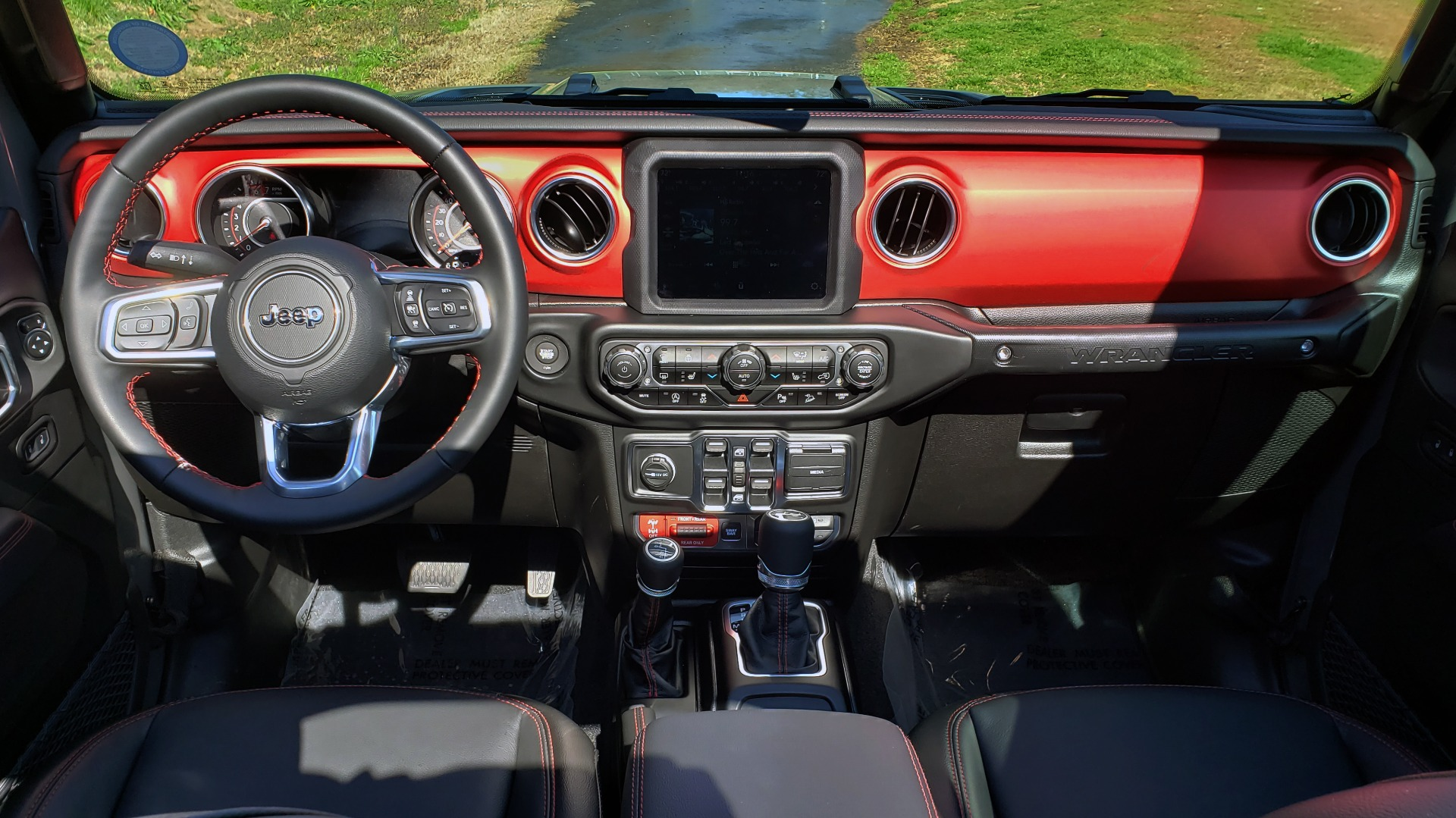 Used 2020 Jeep WRANGLER UNLIMITED RUBICON 4WD / POWER TOP / NAV / ALPINE / REARVIEW for sale Sold at Formula Imports in Charlotte NC 28227 42