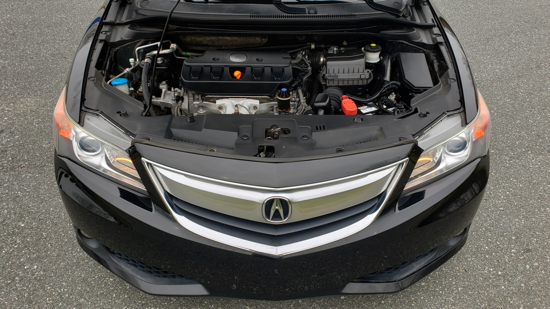 Used 2013 Acura ILX TECH PKG / SUNROOF / NAV / DUAL-ZONE A/C / REARVIEW for sale Sold at Formula Imports in Charlotte NC 28227 10