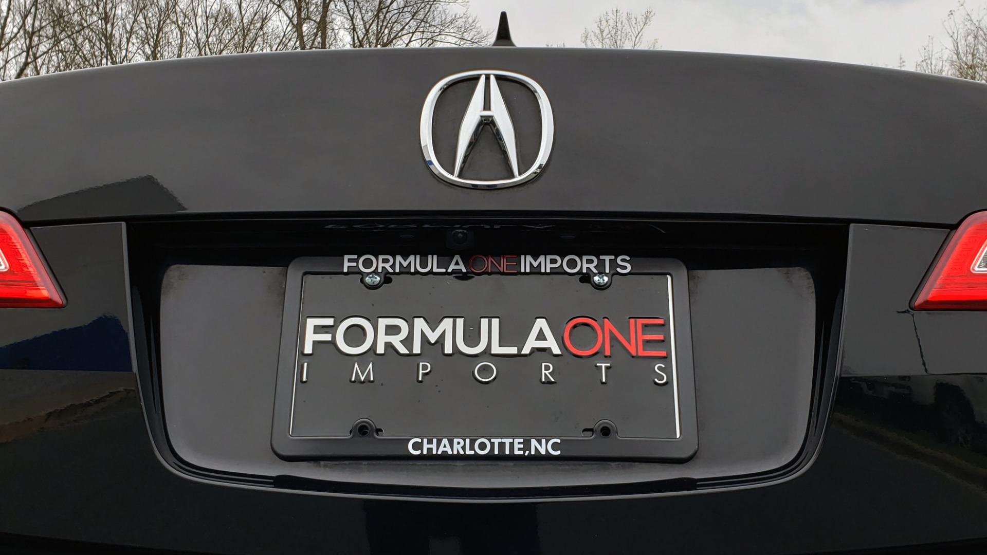 Used 2013 Acura ILX TECH PKG / SUNROOF / NAV / DUAL-ZONE A/C / REARVIEW for sale Sold at Formula Imports in Charlotte NC 28227 31