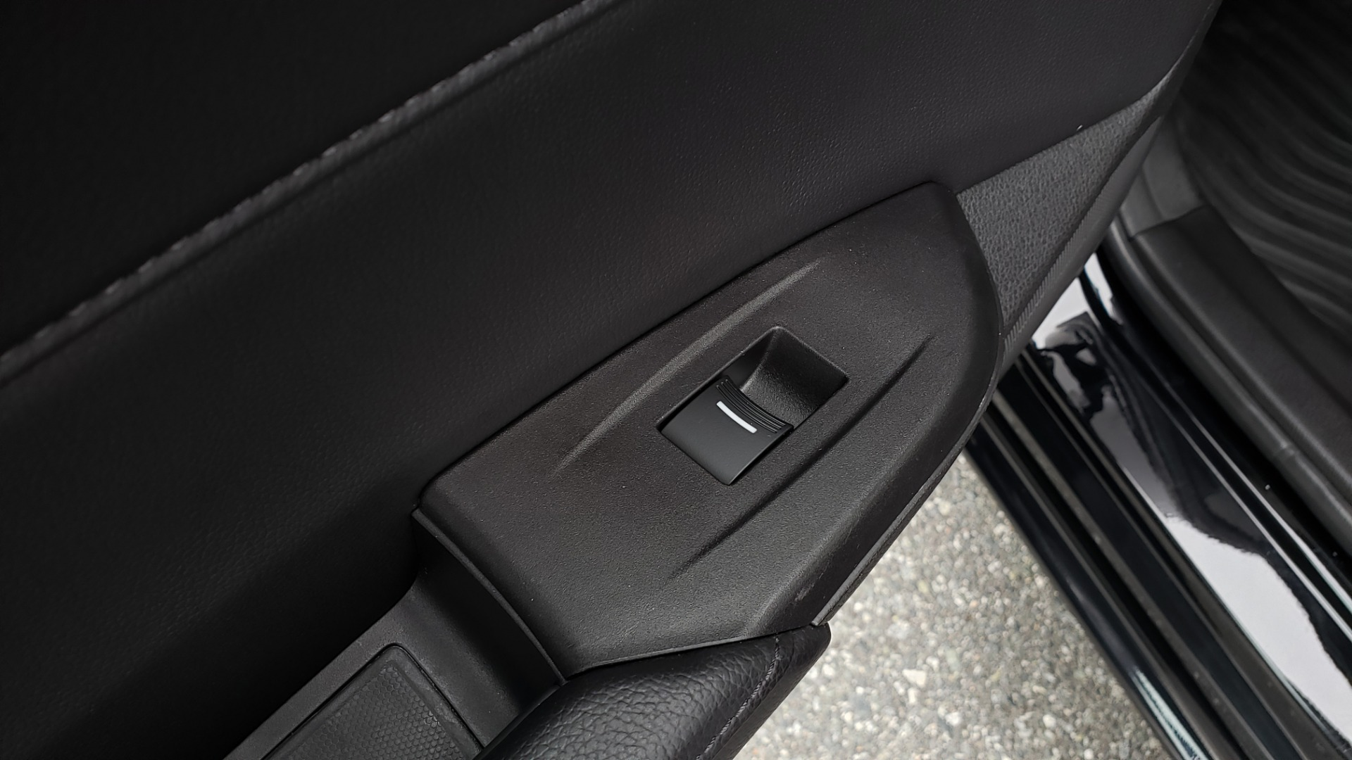 Used 2013 Acura ILX TECH PKG / SUNROOF / NAV / DUAL-ZONE A/C / REARVIEW for sale Sold at Formula Imports in Charlotte NC 28227 53