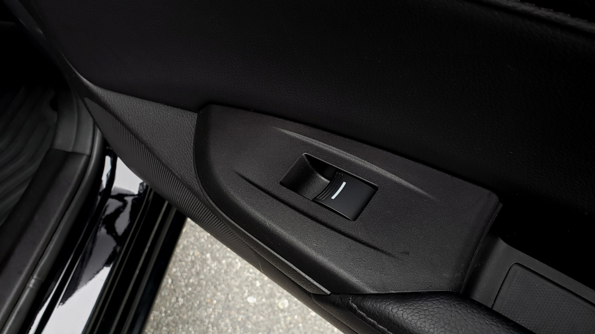 Used 2013 Acura ILX TECH PKG / SUNROOF / NAV / DUAL-ZONE A/C / REARVIEW for sale Sold at Formula Imports in Charlotte NC 28227 63