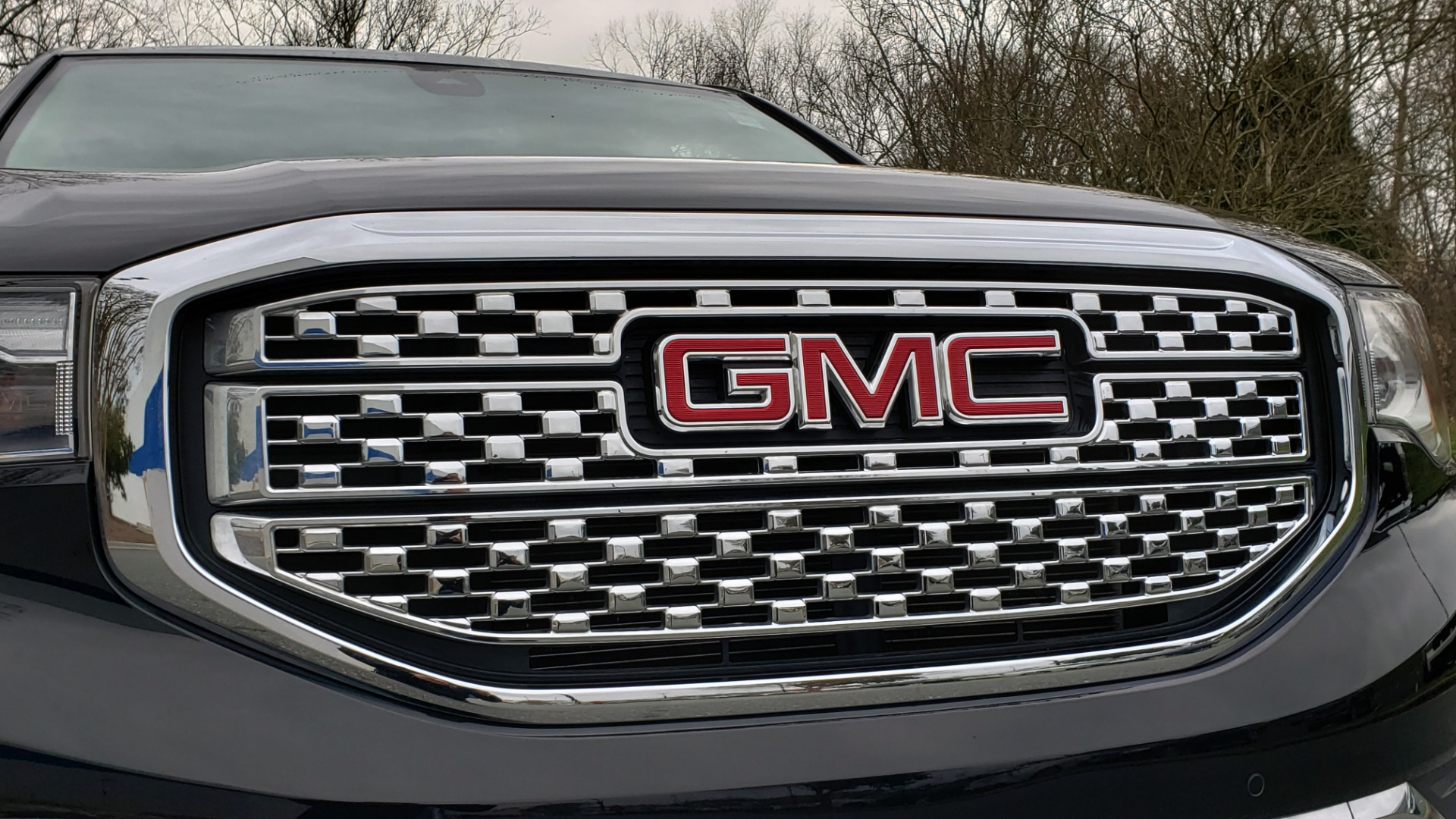 Used 2018 GMC ACADIA DENALI FWD / NAV / SUNROOF / BOSE / 3-ROW / REARVIEW for sale Sold at Formula Imports in Charlotte NC 28227 25