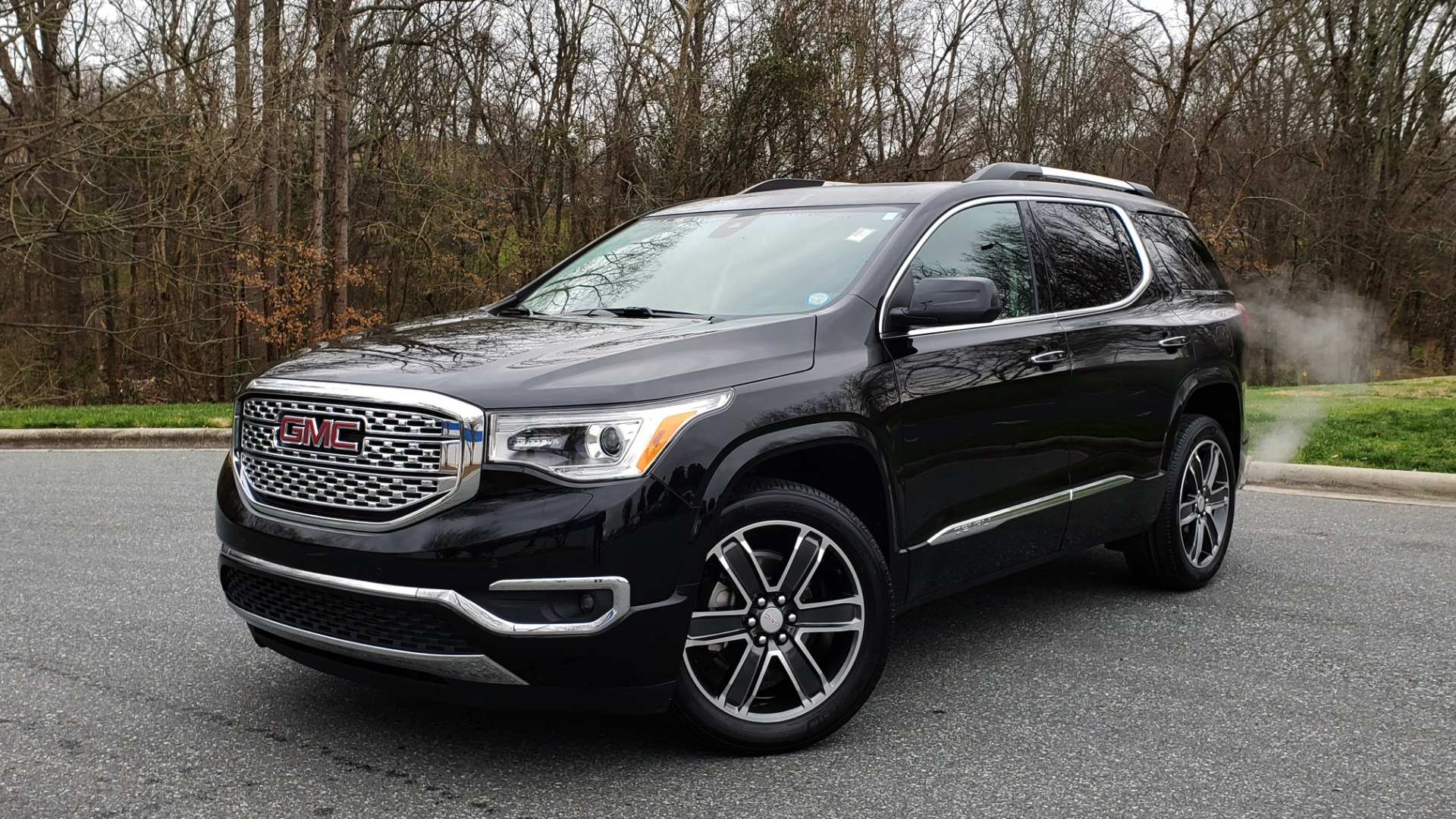 Used 2018 GMC ACADIA DENALI FWD / NAV / SUNROOF / BOSE / 3-ROW / REARVIEW for sale Sold at Formula Imports in Charlotte NC 28227 1
