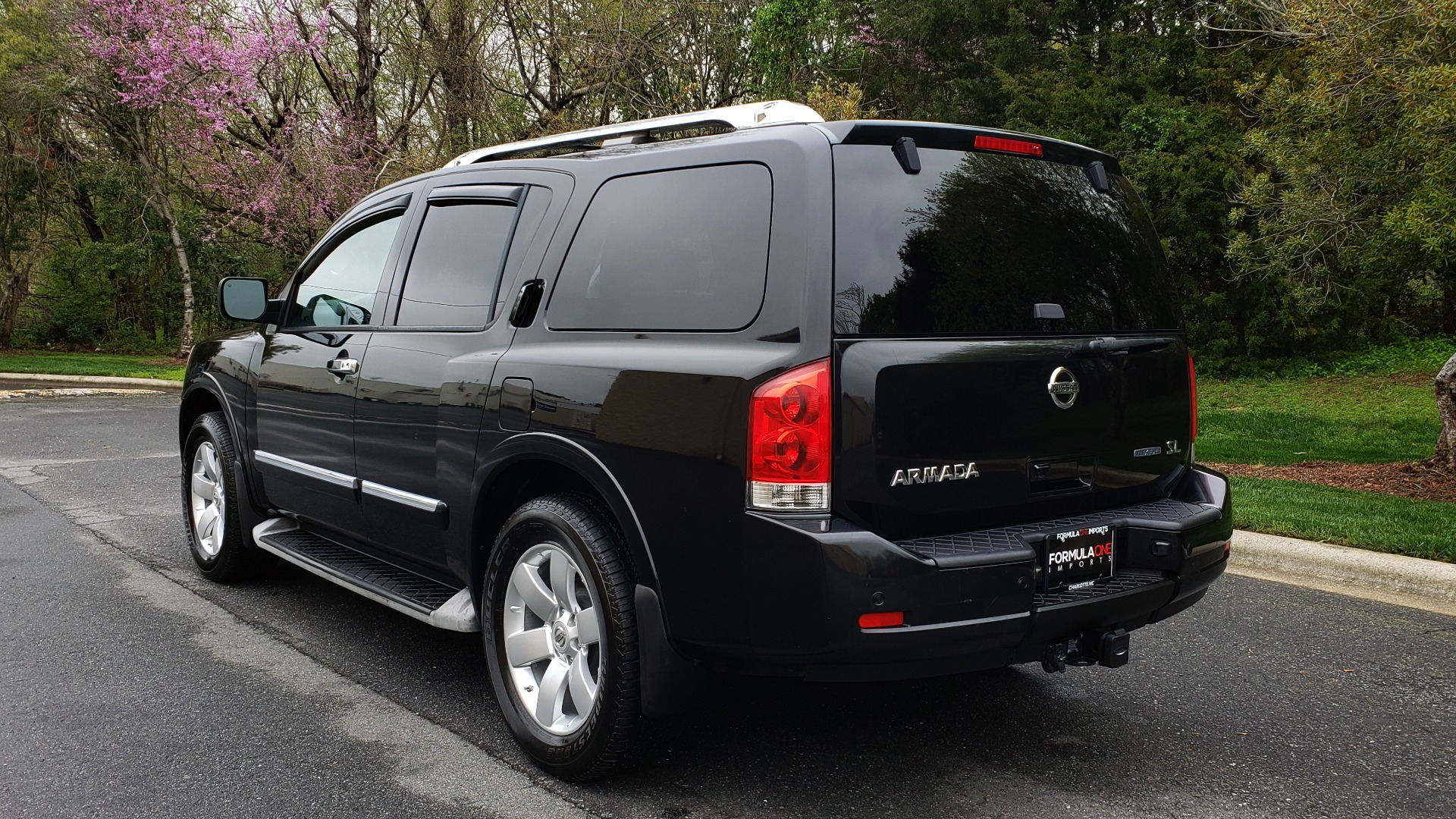 Used 2013 Nissan ARMADA SL 4WD / 5.6L V8 / NAV / SUNROOF / 3-ROW / REARVIEW for sale Sold at Formula Imports in Charlotte NC 28227 3