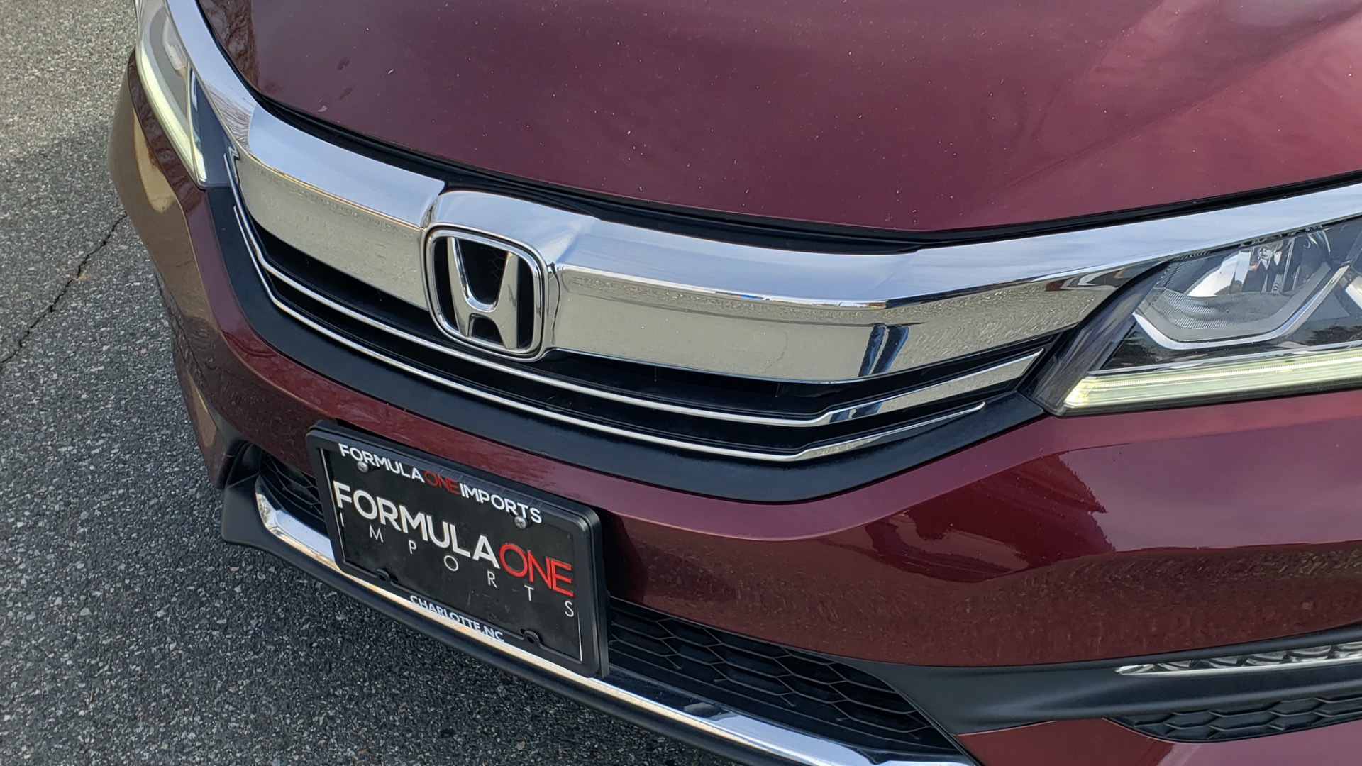 Used 2017 Honda ACCORD SEDAN SPORT / REARVIEW / / DUAL-ZONE A/C / 19IN ALLOY WHEELS for sale Sold at Formula Imports in Charlotte NC 28227 24