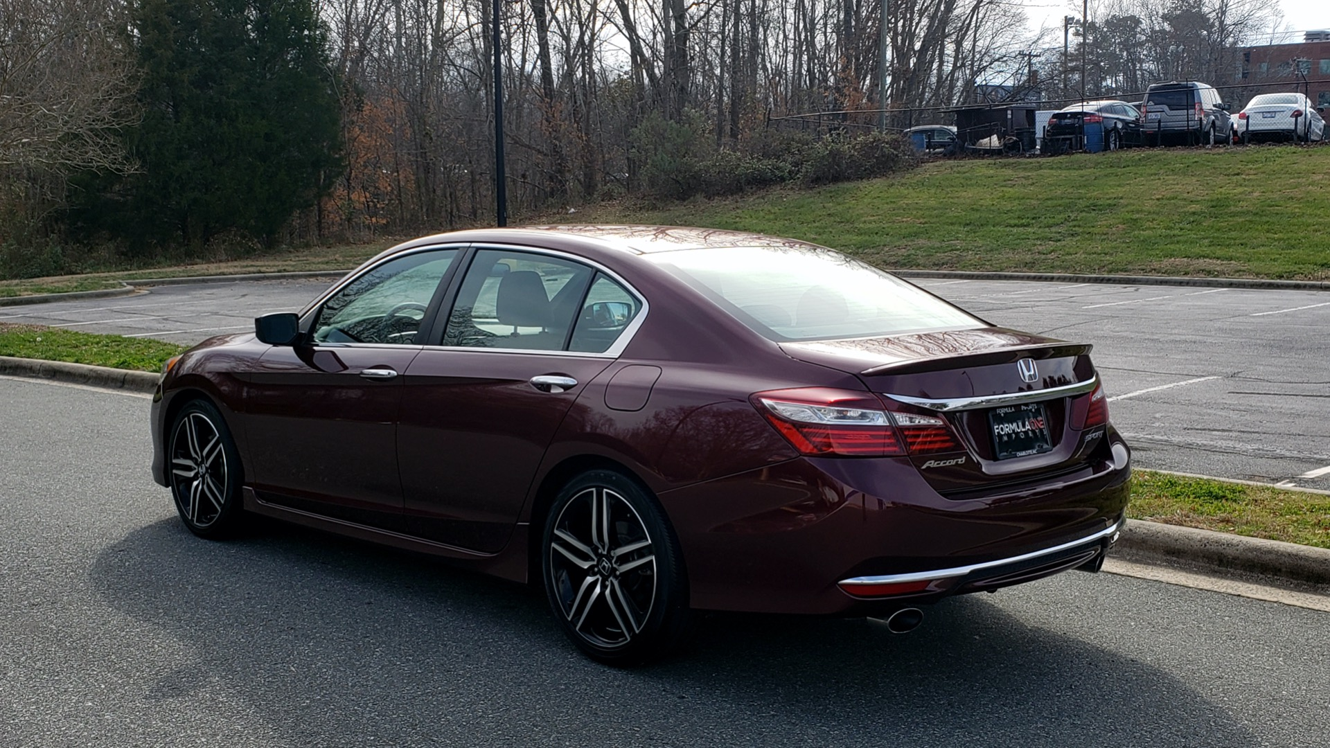 Used 2017 Honda ACCORD SEDAN SPORT / REARVIEW / / DUAL-ZONE A/C / 19IN ALLOY WHEELS for sale Sold at Formula Imports in Charlotte NC 28227 3