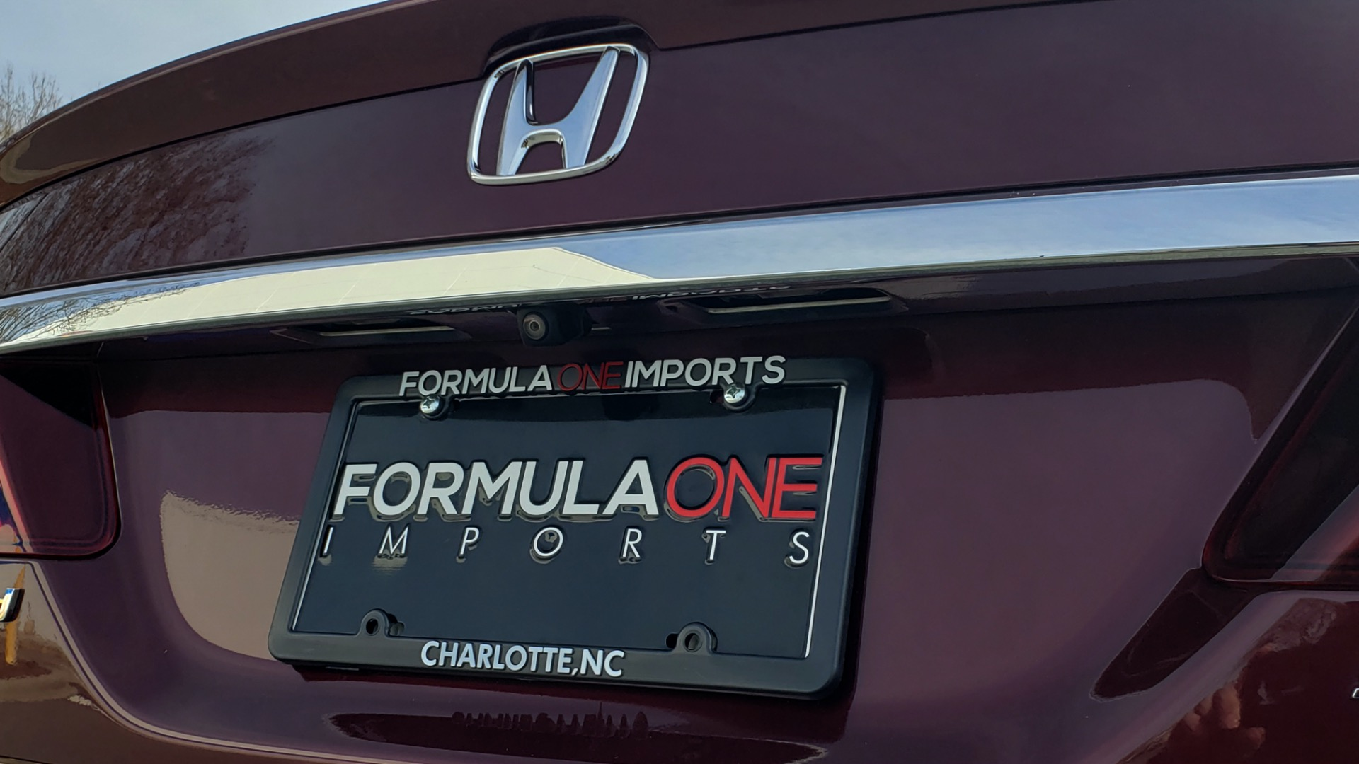 Used 2017 Honda ACCORD SEDAN SPORT / REARVIEW / / DUAL-ZONE A/C / 19IN ALLOY WHEELS for sale Sold at Formula Imports in Charlotte NC 28227 31