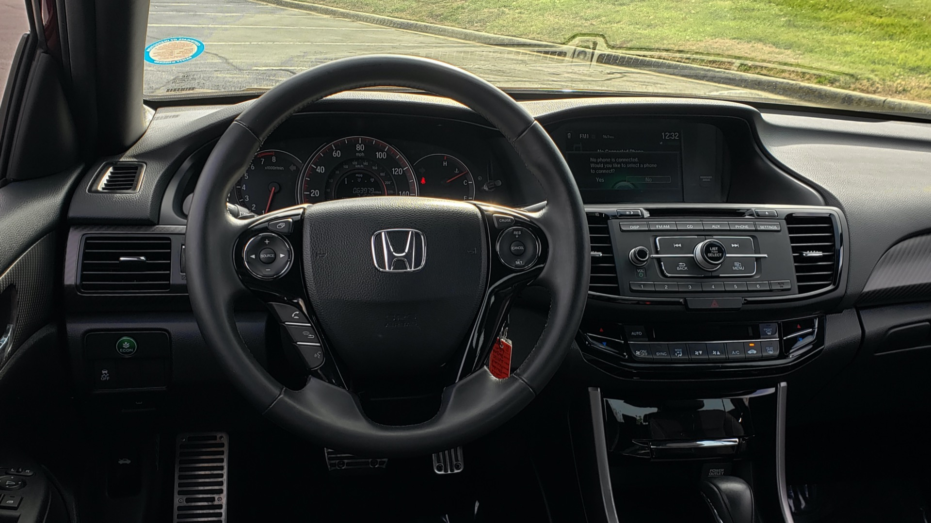 Used 2017 Honda ACCORD SEDAN SPORT / REARVIEW / / DUAL-ZONE A/C / 19IN ALLOY WHEELS for sale Sold at Formula Imports in Charlotte NC 28227 39