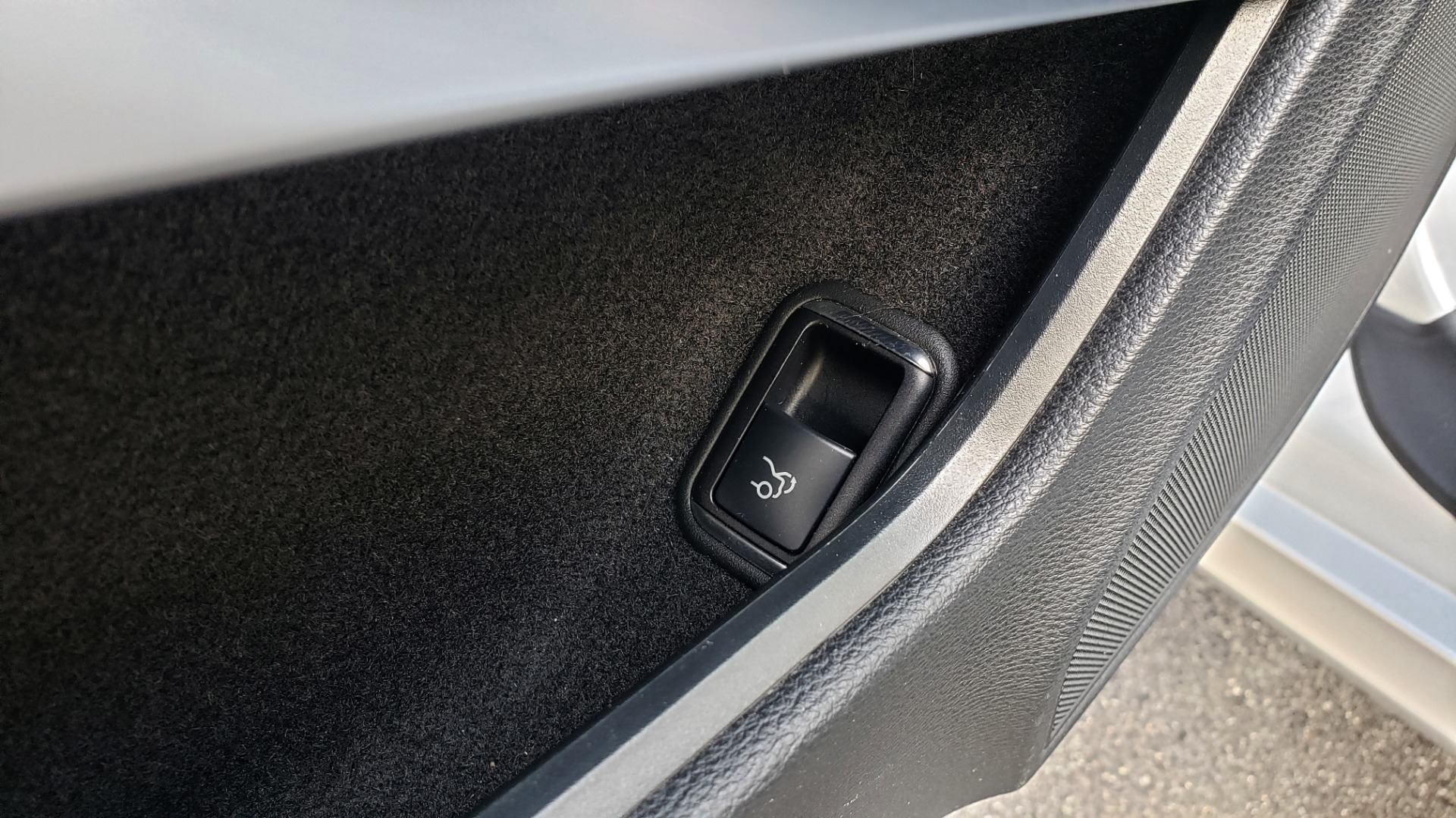 Used 2013 Mercedes-Benz E-CLASS E 350 COUPE PREM / NAV / PANO-ROFF / KEYLESS-GO / REARVIEW for sale Sold at Formula Imports in Charlotte NC 28227 33