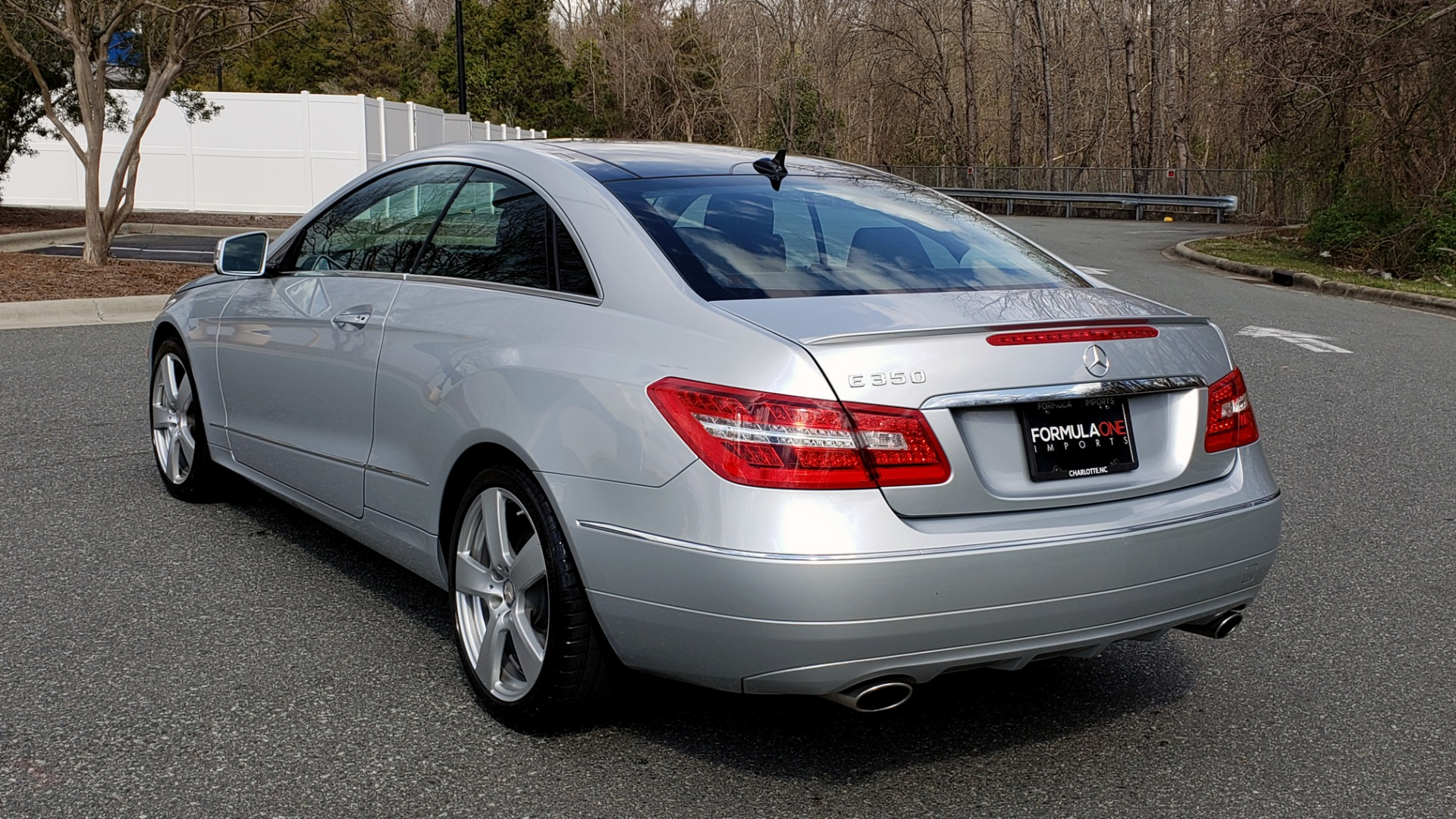 Used 2013 Mercedes-Benz E-CLASS E 350 COUPE PREM / NAV / PANO-ROFF / KEYLESS-GO / REARVIEW for sale Sold at Formula Imports in Charlotte NC 28227 4