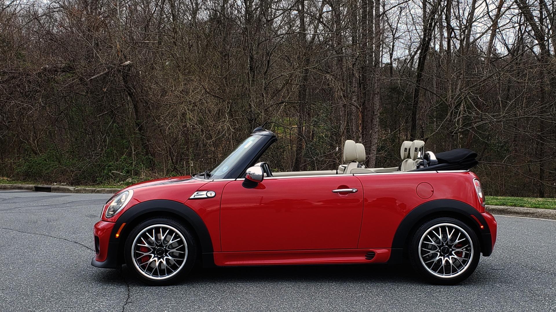 Used 2012 MINI COOPER JOHN COOPER WORKS CONVERTIBLE for sale Sold at Formula Imports in Charlotte NC 28227 2