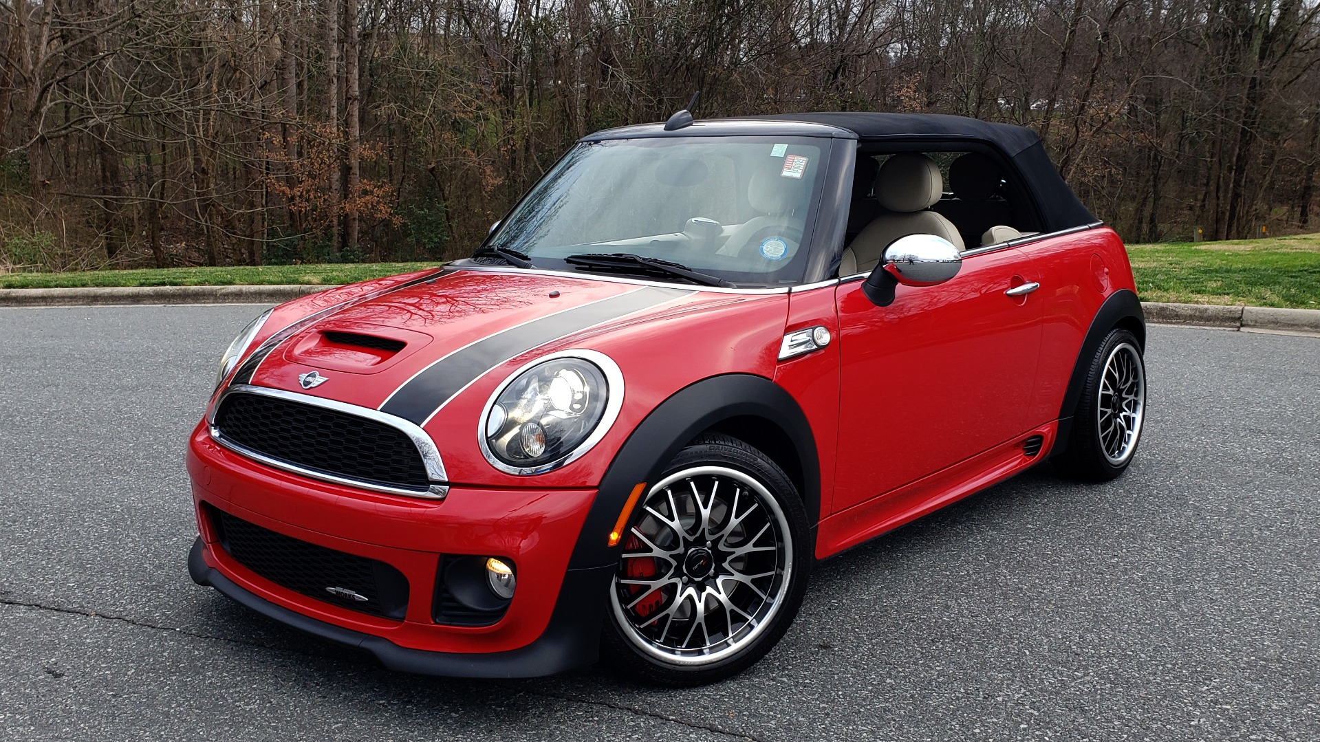 Used 2012 MINI COOPER JOHN COOPER WORKS CONVERTIBLE for sale Sold at Formula Imports in Charlotte NC 28227 4