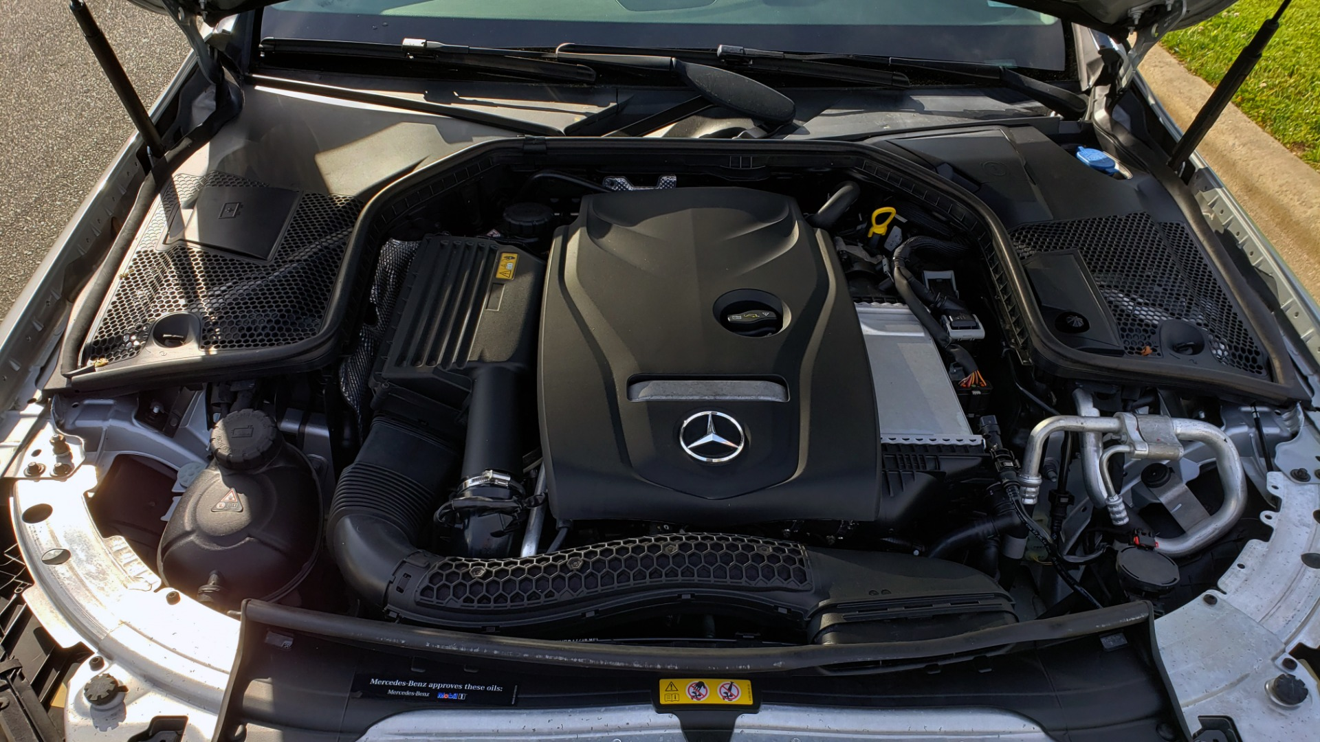 Used 2016 Mercedes-Benz C-CLASS C 300 PREMIUM / NAV / SNRF/ HTD STS / REARVIEW / BSM for sale Sold at Formula Imports in Charlotte NC 28227 10