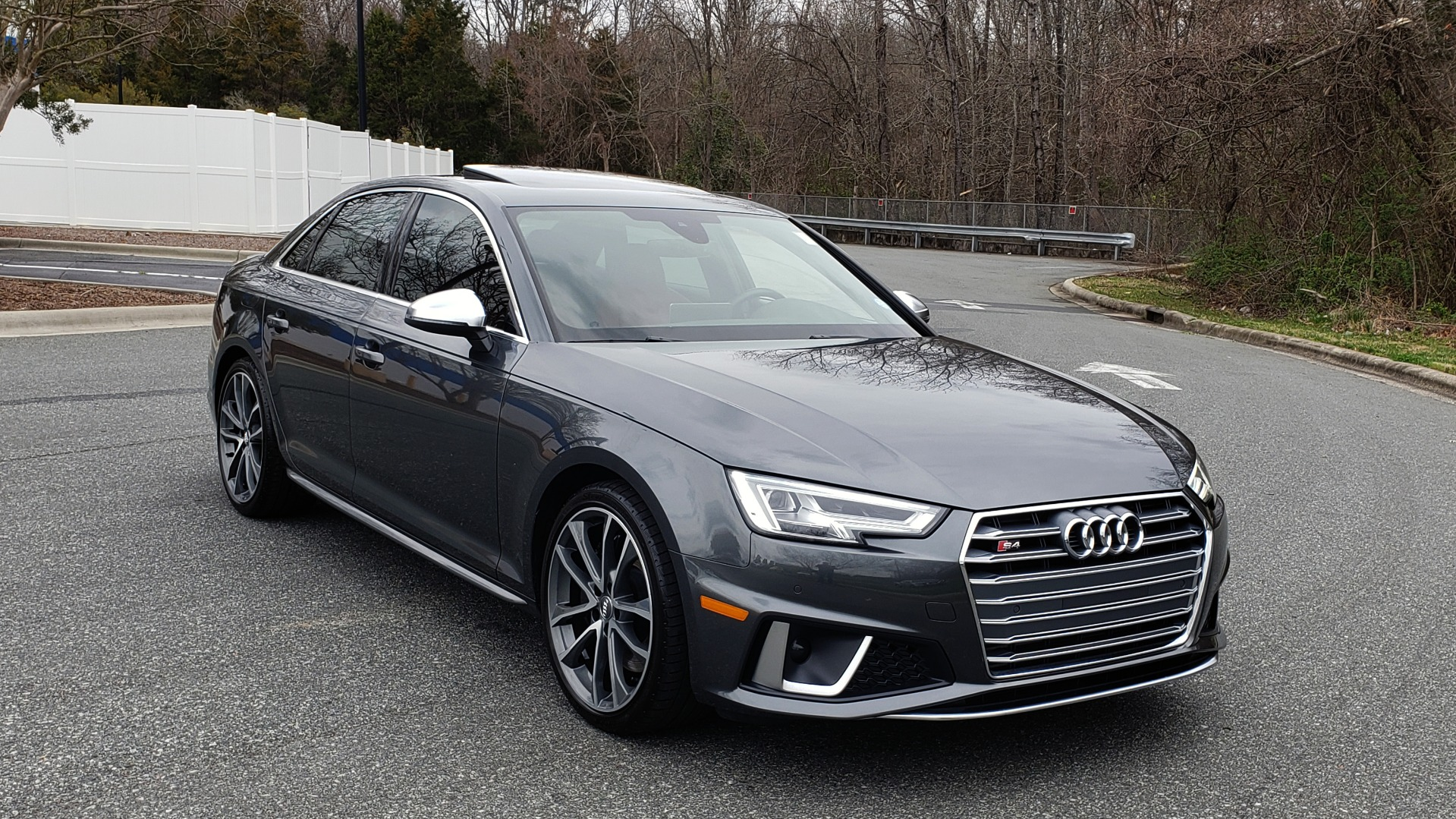 Used 2019 Audi S4 PREMIUM PLUS / AWD / NAV / SUNROOF / B&O SOUND / REARVIEW for sale Sold at Formula Imports in Charlotte NC 28227 4