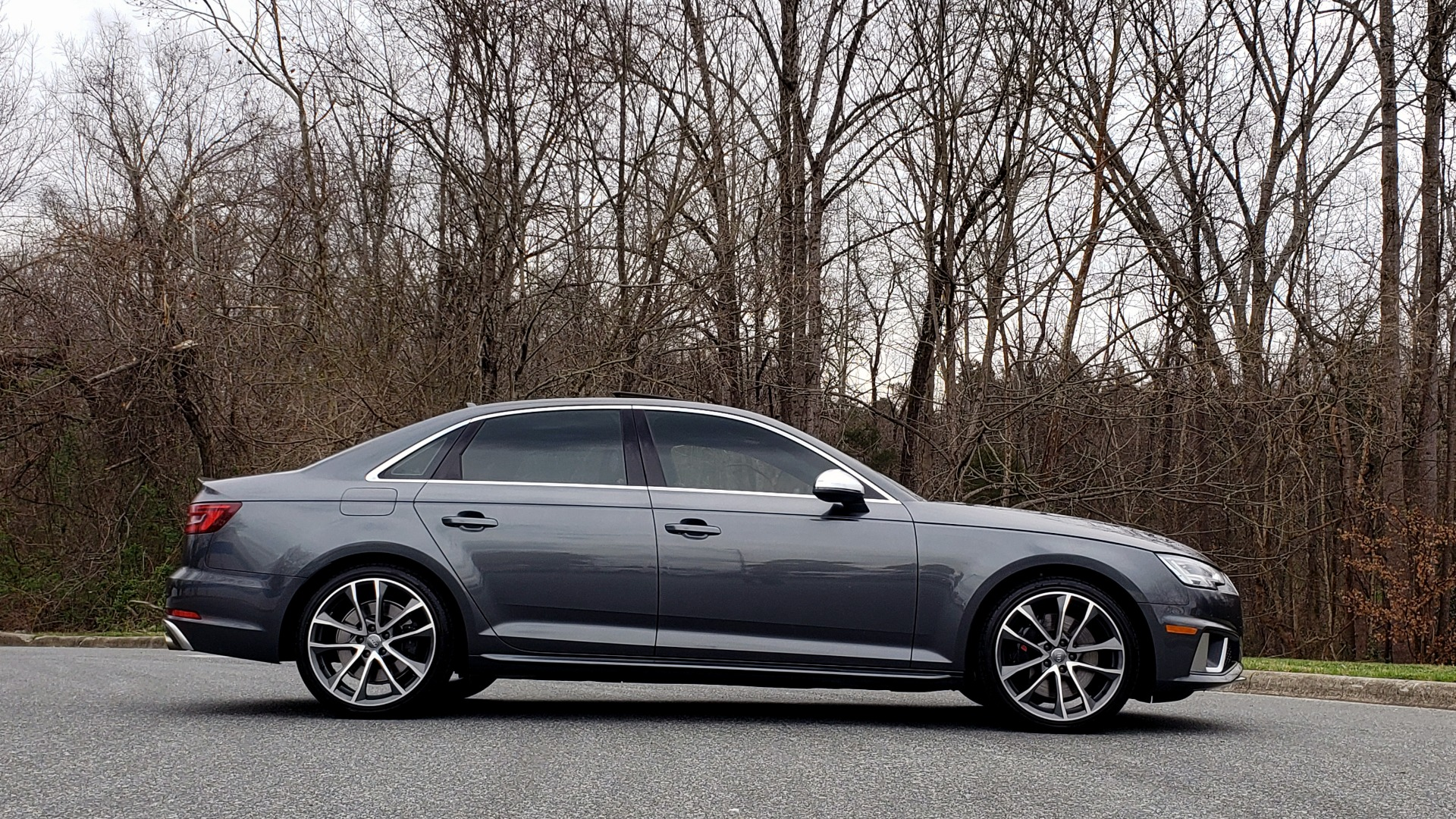 Used 2019 Audi S4 PREMIUM PLUS / AWD / NAV / SUNROOF / B&O SOUND / REARVIEW for sale Sold at Formula Imports in Charlotte NC 28227 5