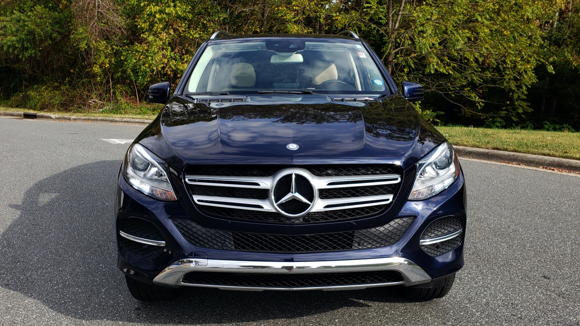 Used 2016 Mercedes-Benz GLE 350 PREMIUM / NAV / SUNROOF / BACK-UP CAMERA / LANE TRACKING for sale Sold at Formula Imports in Charlotte NC 28227 28