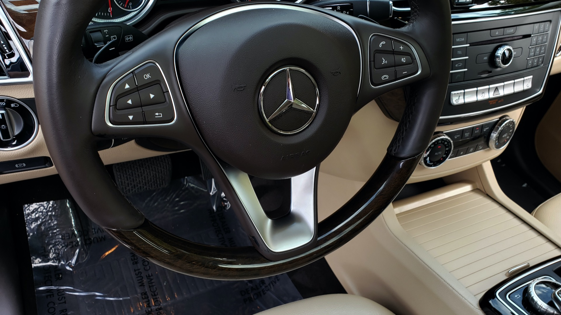 Used 2016 Mercedes-Benz GLE 350 PREMIUM / NAV / SUNROOF / BACK-UP CAMERA / LANE TRACKING for sale Sold at Formula Imports in Charlotte NC 28227 46