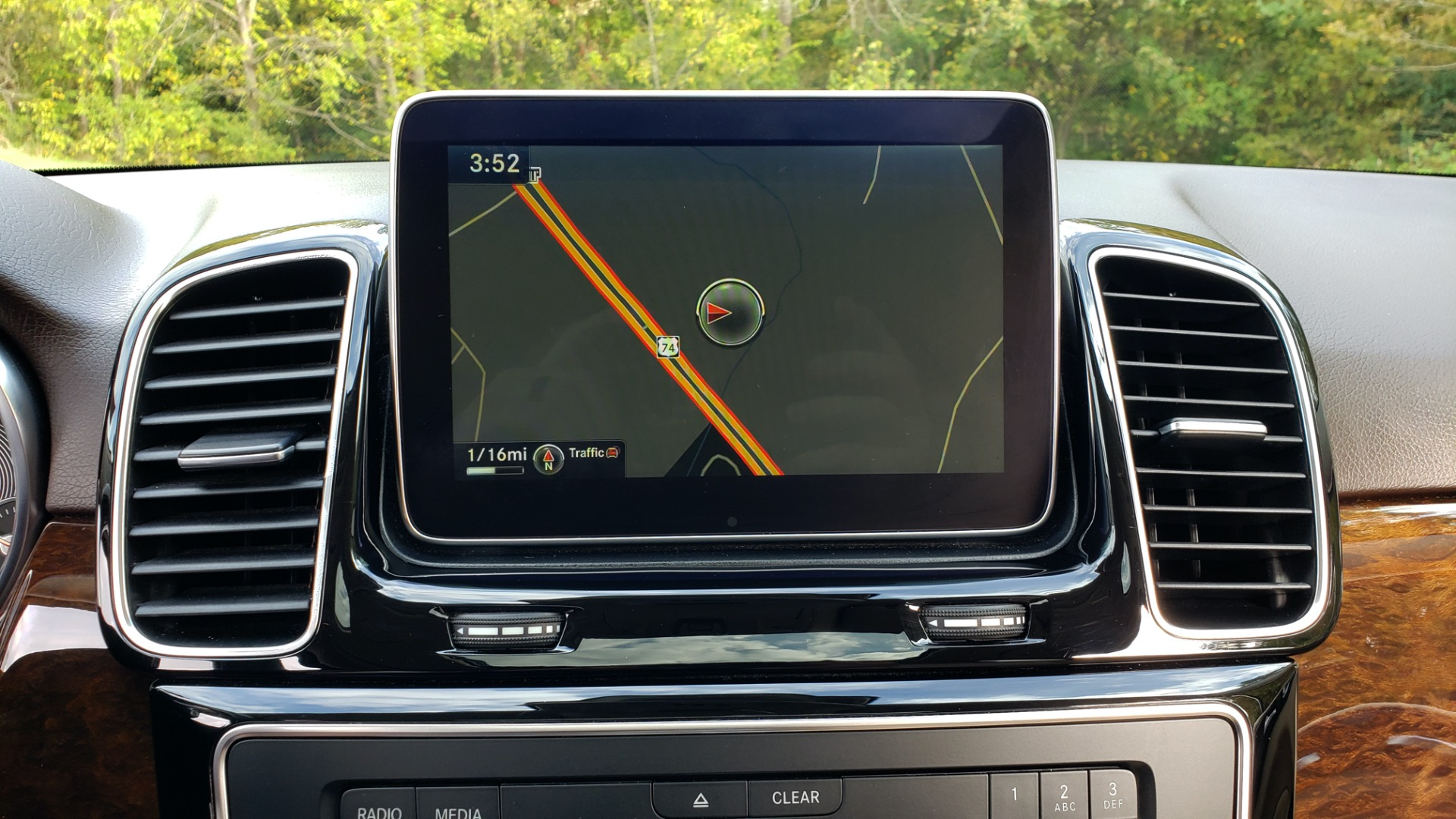 Used 2016 Mercedes-Benz GLE 350 PREMIUM / NAV / SUNROOF / BACK-UP CAMERA / LANE TRACKING for sale Sold at Formula Imports in Charlotte NC 28227 54