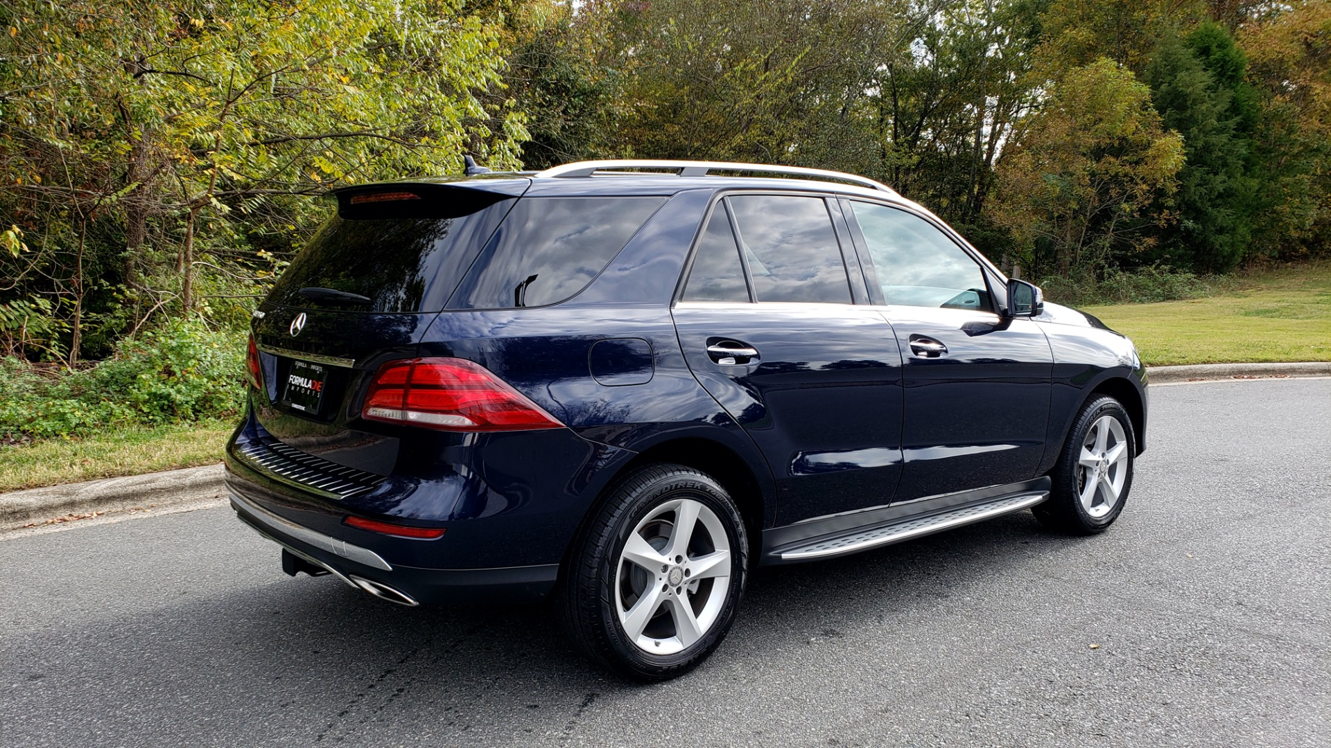 Used 2016 Mercedes-Benz GLE 350 PREMIUM / NAV / SUNROOF / BACK-UP CAMERA / LANE TRACKING for sale Sold at Formula Imports in Charlotte NC 28227 8