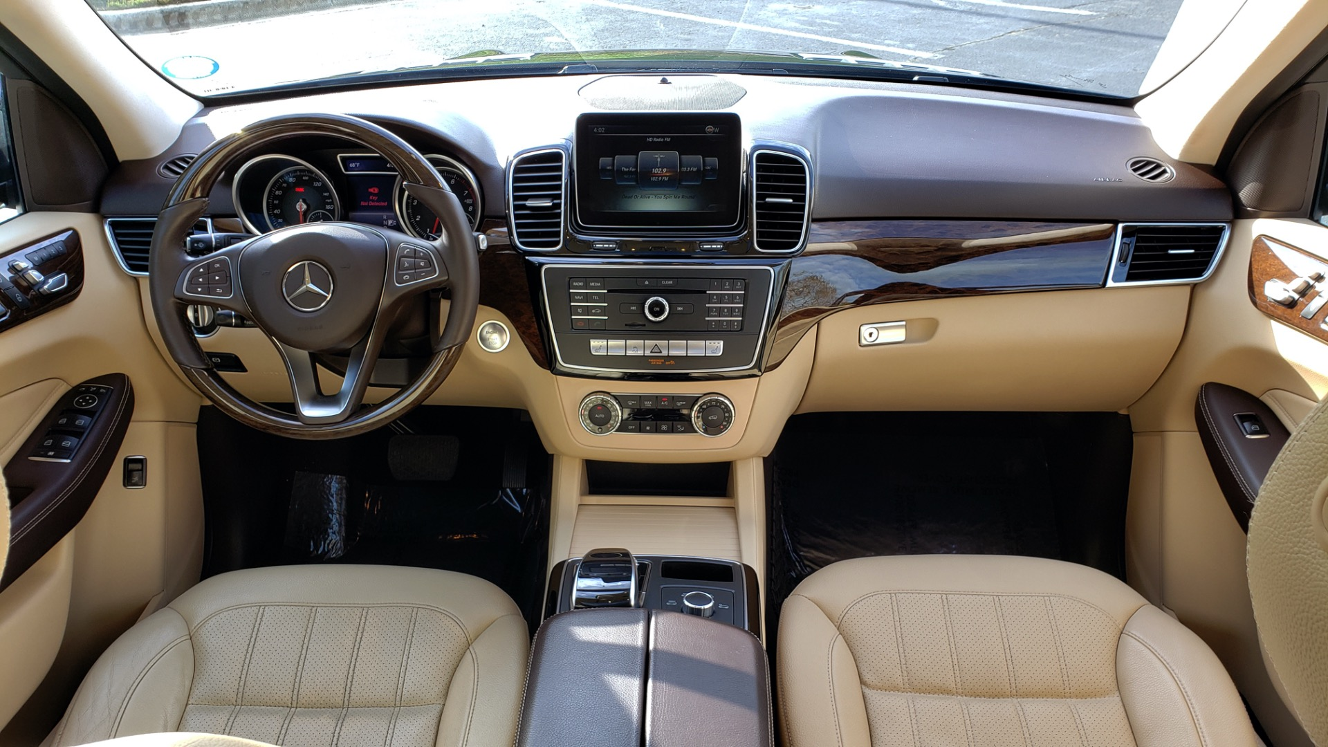 Used 2016 Mercedes-Benz GLE 350 PREMIUM / NAV / SUNROOF / BACK-UP CAMERA / LANE TRACKING for sale Sold at Formula Imports in Charlotte NC 28227 90