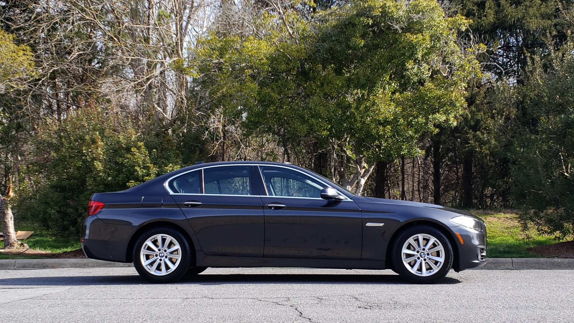 Used 2016 BMW 5 SERIES 528I XDRIVE PREMIUM / CLD WTHR / NAV / SUNROOF / REARVIEW for sale Sold at Formula Imports in Charlotte NC 28227 5