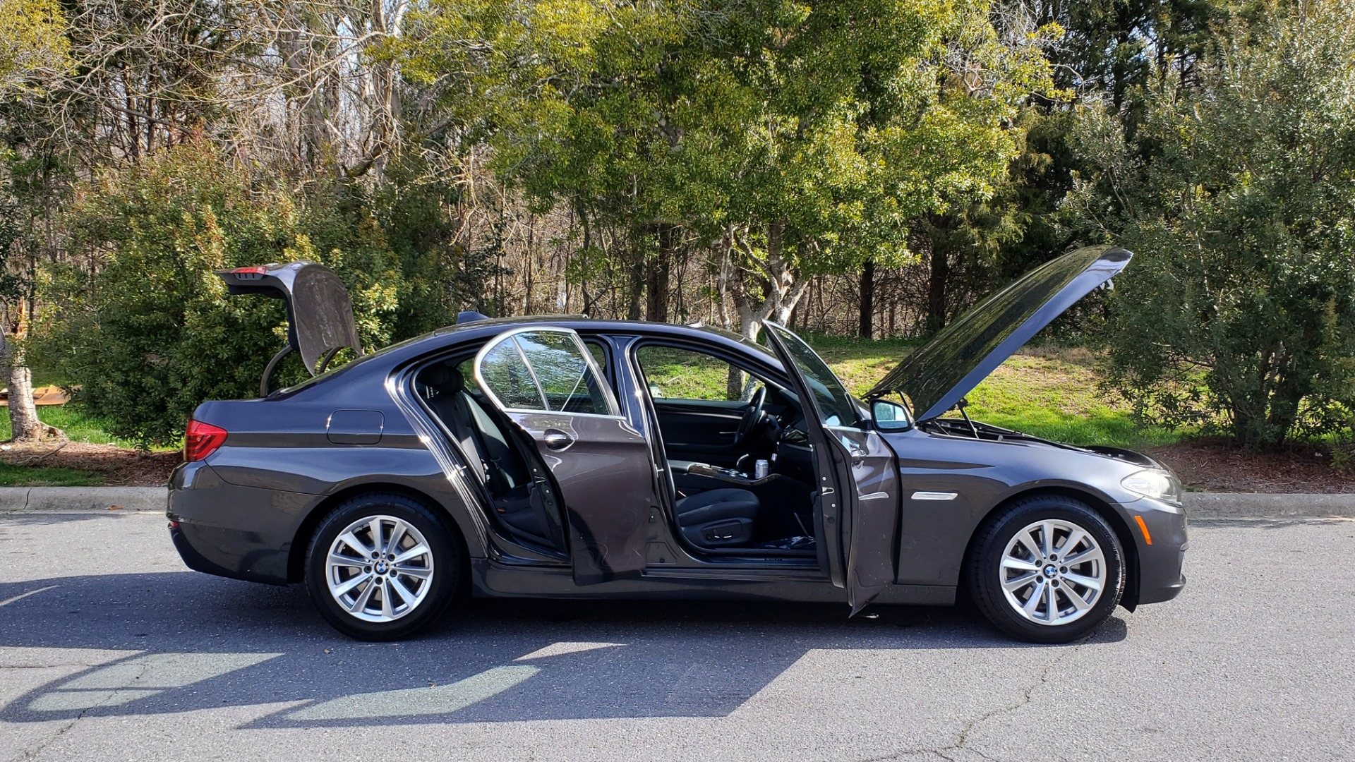 Used 2016 BMW 5 SERIES 528I XDRIVE PREMIUM / CLD WTHR / NAV / SUNROOF / REARVIEW for sale Sold at Formula Imports in Charlotte NC 28227 9