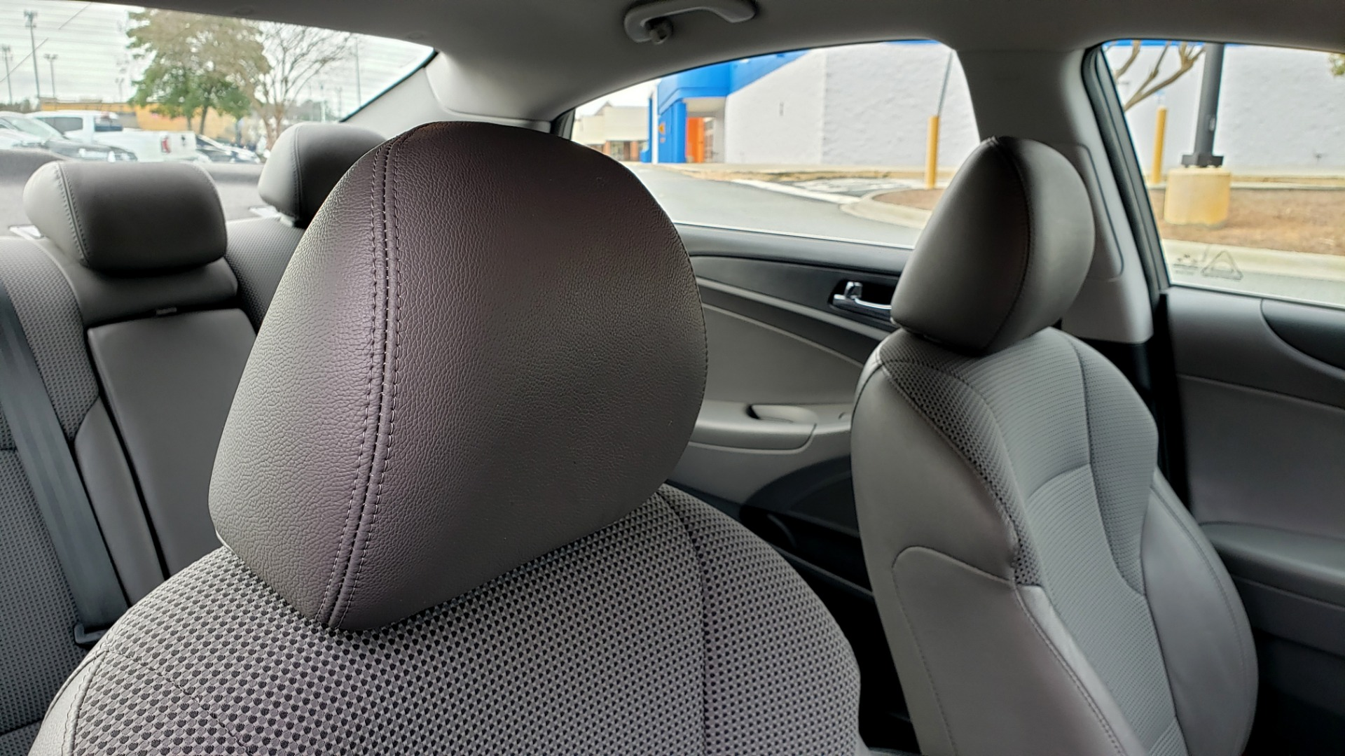 Used 2013 Hyundai SONATA SE AUTO / 2.4L 4-CYL / 6-SPD AUTO / VERY CLEAN for sale Sold at Formula Imports in Charlotte NC 28227 64