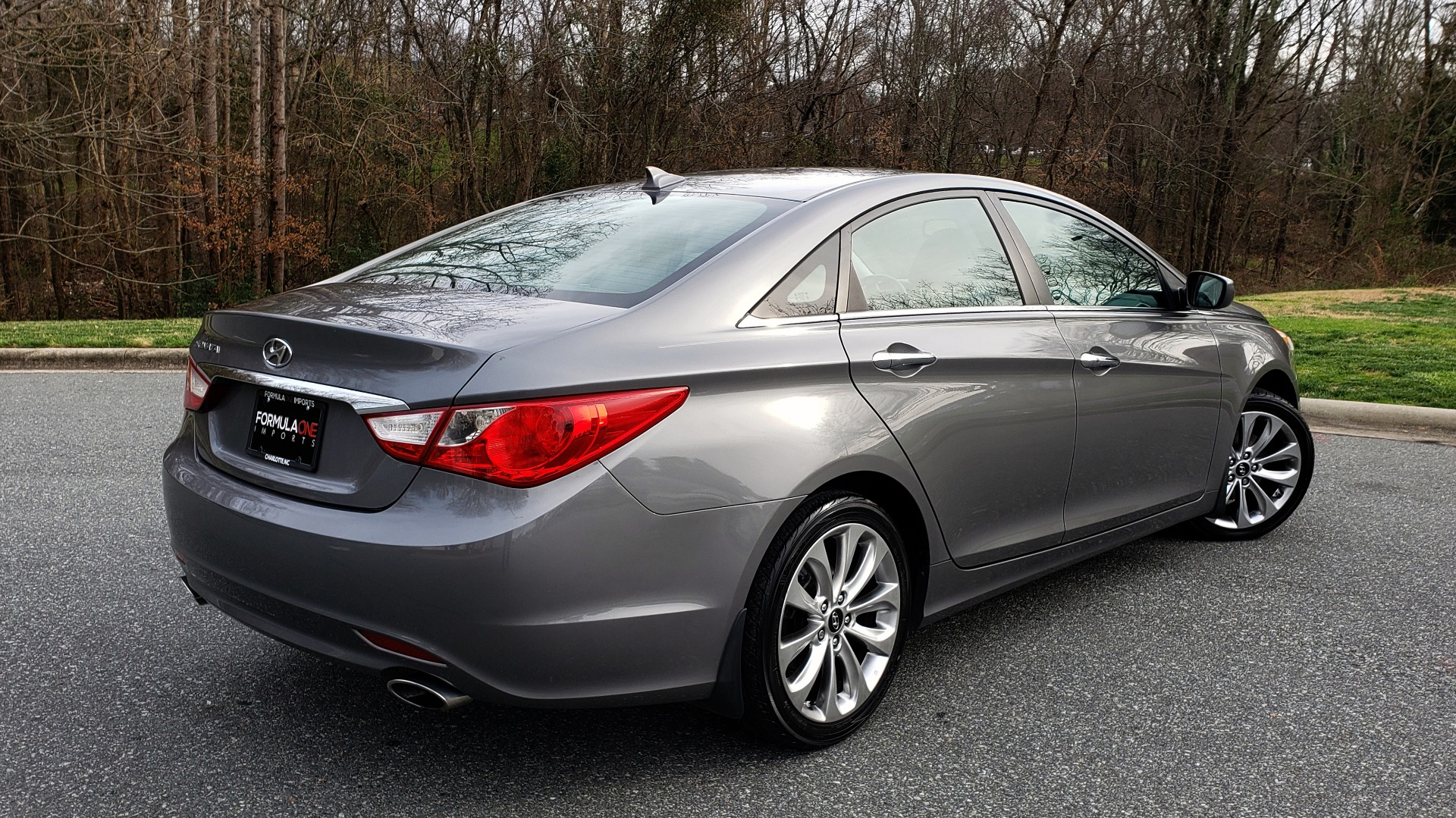 Used 2013 Hyundai SONATA SE AUTO / 2.4L 4-CYL / 6-SPD AUTO / VERY CLEAN for sale Sold at Formula Imports in Charlotte NC 28227 8