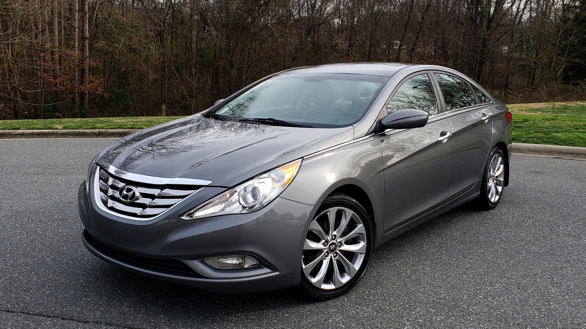 Used 2013 Hyundai SONATA SE AUTO / 2.4L 4-CYL / 6-SPD AUTO / VERY CLEAN for sale Sold at Formula Imports in Charlotte NC 28227 1