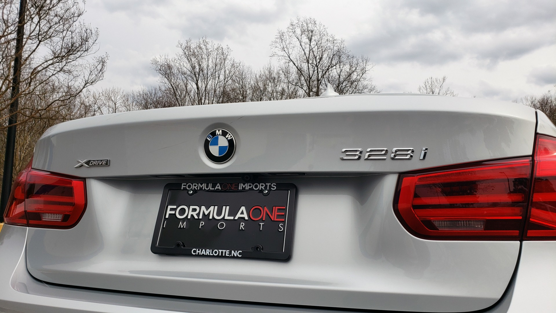 Used 2016 BMW 3 SERIES 328I XDRIVE M-SPORT / PREMIUM / DRVR ASST / TECH / CLD WTHR for sale Sold at Formula Imports in Charlotte NC 28227 31