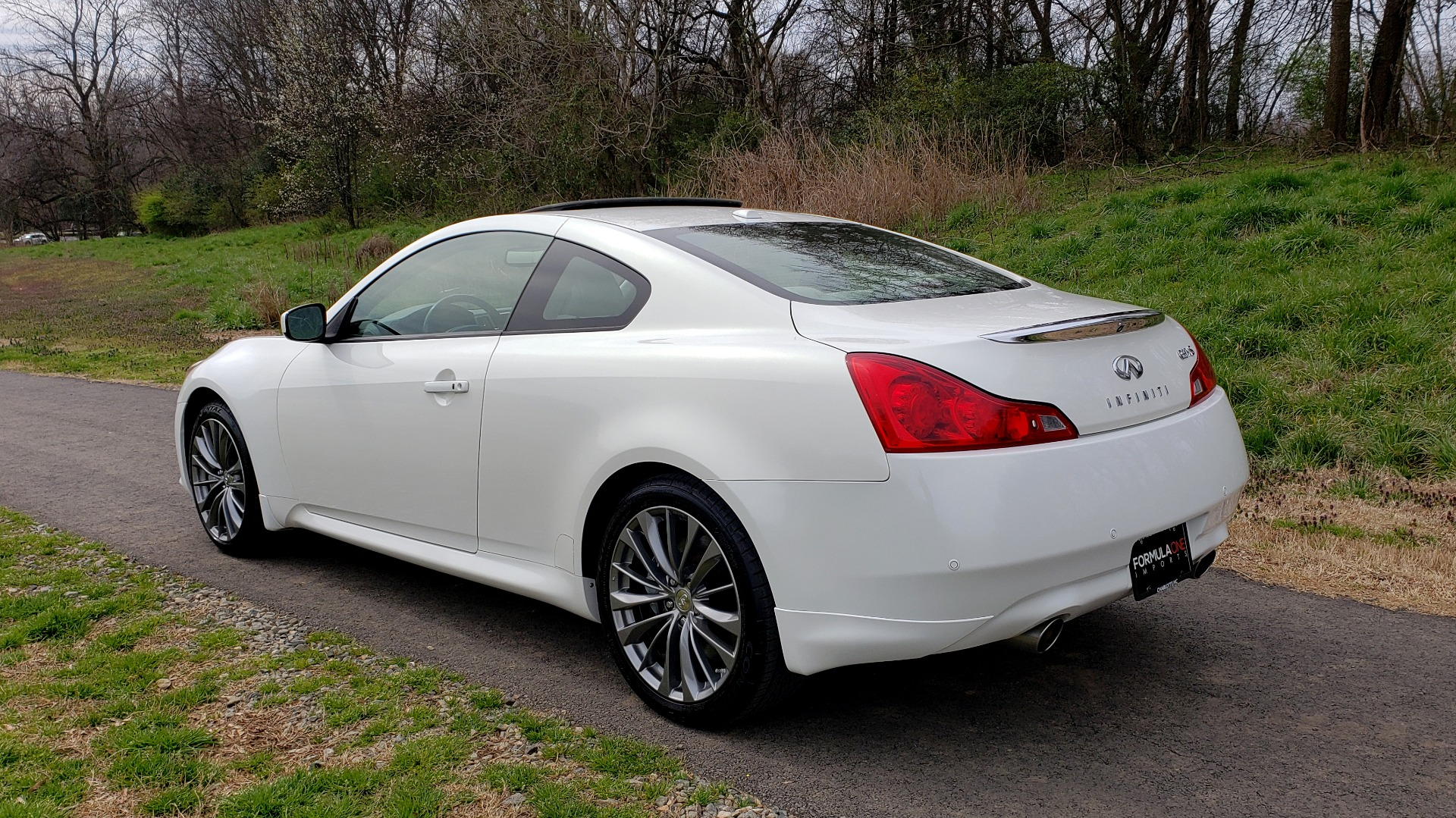 Used 2012 Infiniti G37 Coupe X AWD PREMIUM SPORT PKG / NAV / SUNROOF / REARVIEW for sale Sold at Formula Imports in Charlotte NC 28227 3