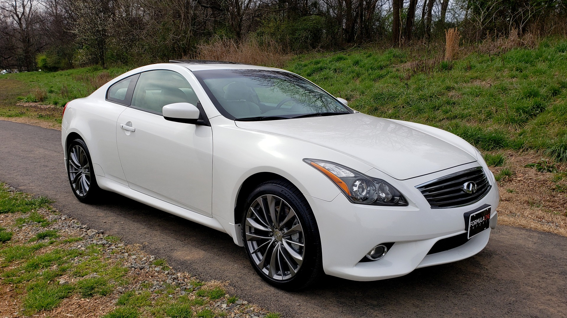 Used 2012 Infiniti G37 Coupe X AWD PREMIUM SPORT PKG / NAV / SUNROOF / REARVIEW for sale Sold at Formula Imports in Charlotte NC 28227 4