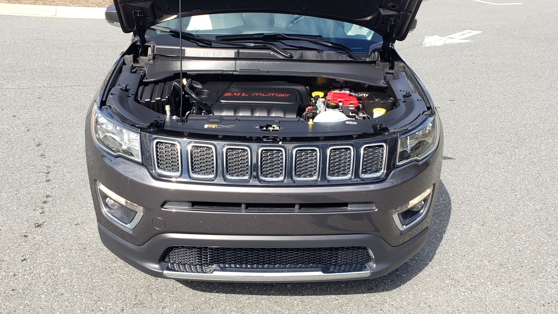 Used 2019 Jeep COMPASS LIMITED FWD / SUNROOF / BLIND SPOT / PARK SENSE for sale Sold at Formula Imports in Charlotte NC 28227 11